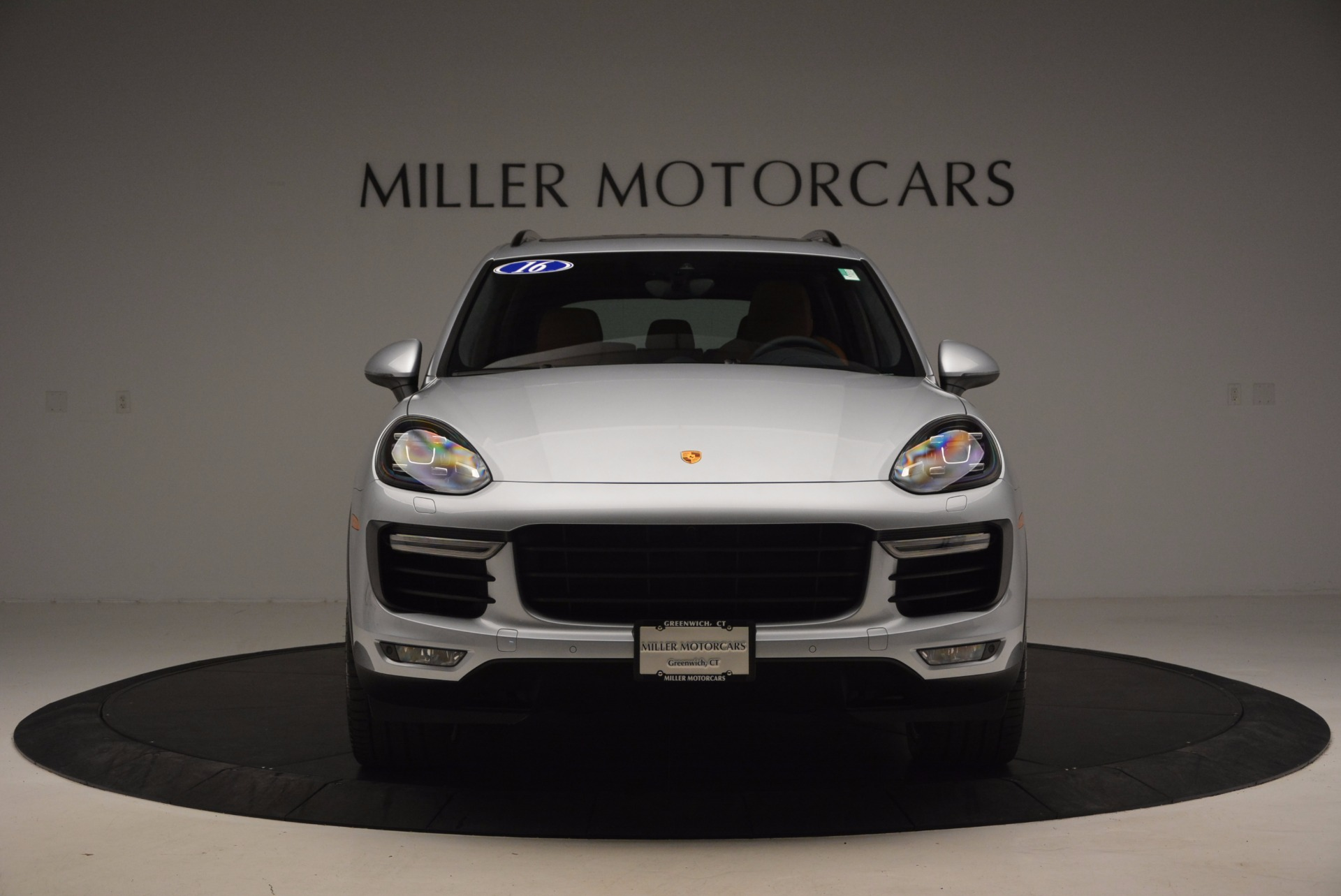 Used 2016 Porsche Cayenne Turbo For Sale In Westport, CT 1000_p12