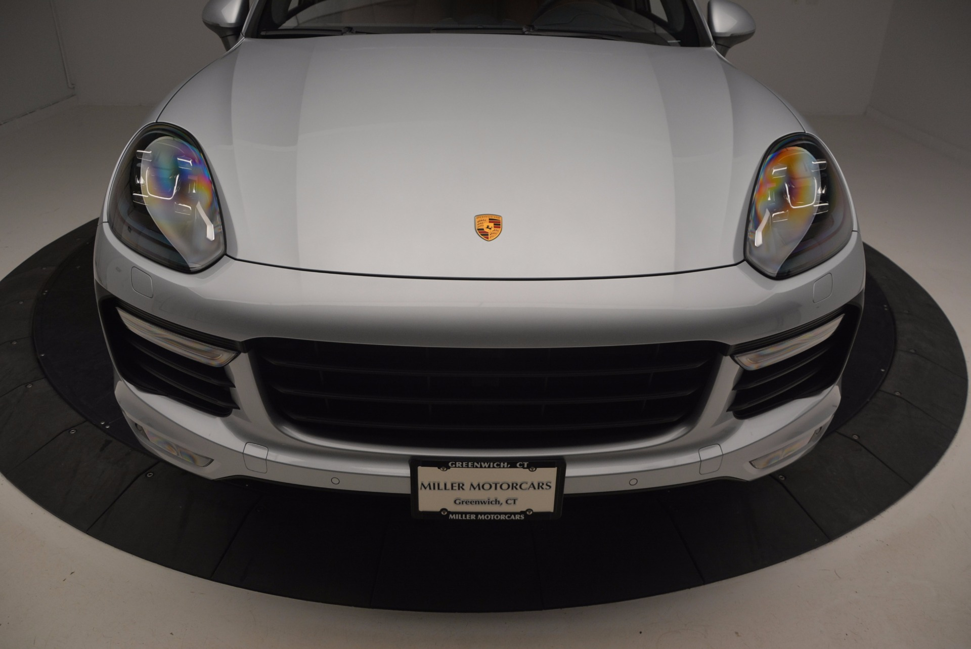 Used 2016 Porsche Cayenne Turbo For Sale In Westport, CT 1000_p13