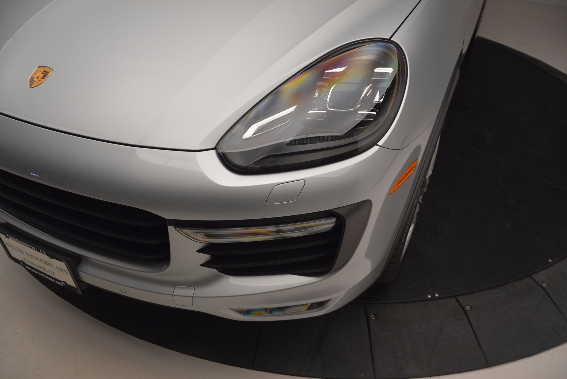 Used 2016 Porsche Cayenne Turbo For Sale In Westport, CT 1000_p14