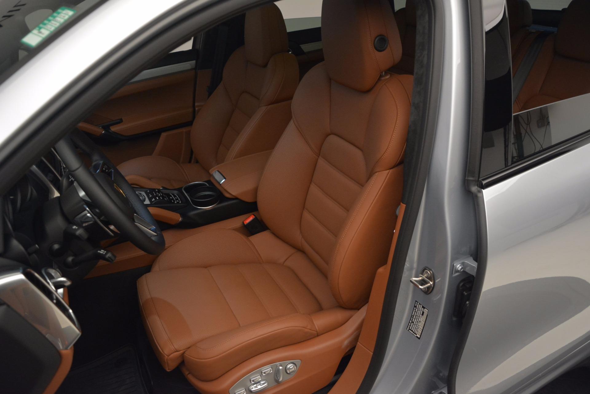 Used 2016 Porsche Cayenne Turbo For Sale In Westport, CT 1000_p18