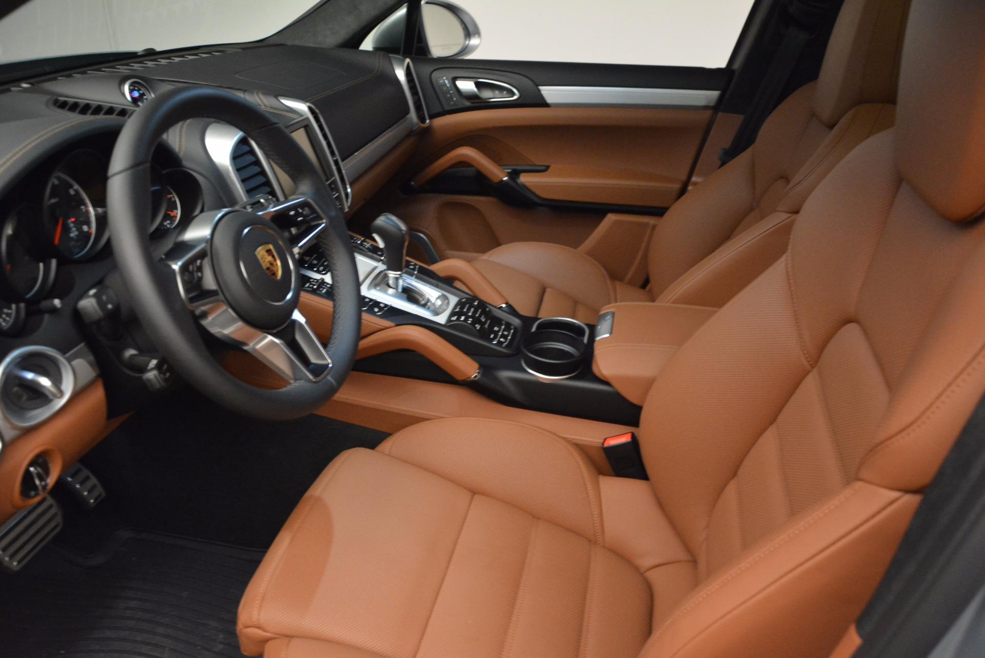 Used 2016 Porsche Cayenne Turbo For Sale In Westport, CT 1000_p20