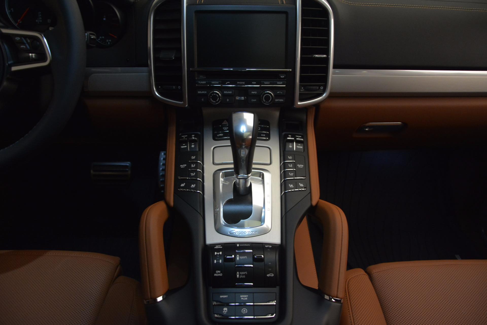 Used 2016 Porsche Cayenne Turbo For Sale In Westport, CT 1000_p41