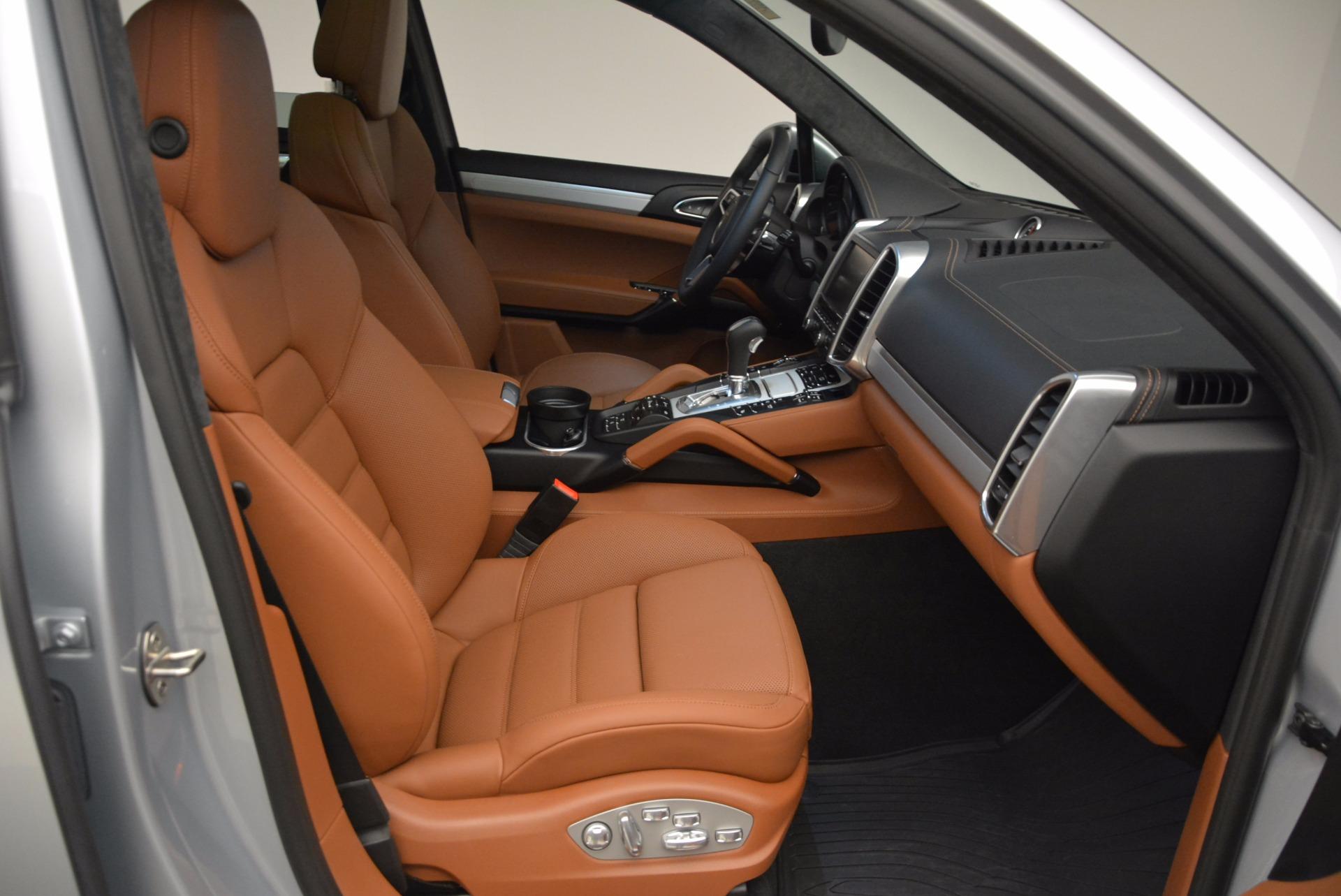 Used 2016 Porsche Cayenne Turbo For Sale In Westport, CT 1000_p43