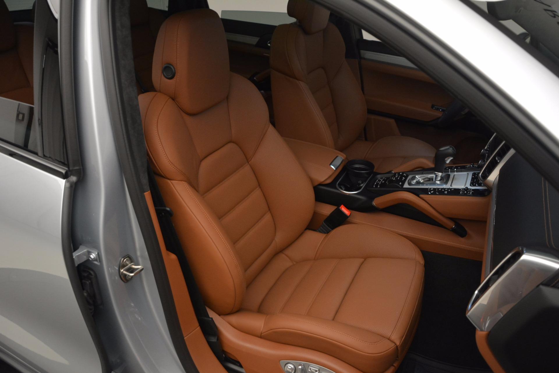 Used 2016 Porsche Cayenne Turbo For Sale In Westport, CT 1000_p44