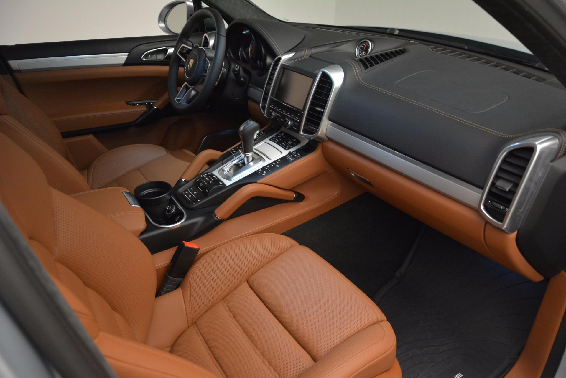 Used 2016 Porsche Cayenne Turbo For Sale In Westport, CT 1000_p45