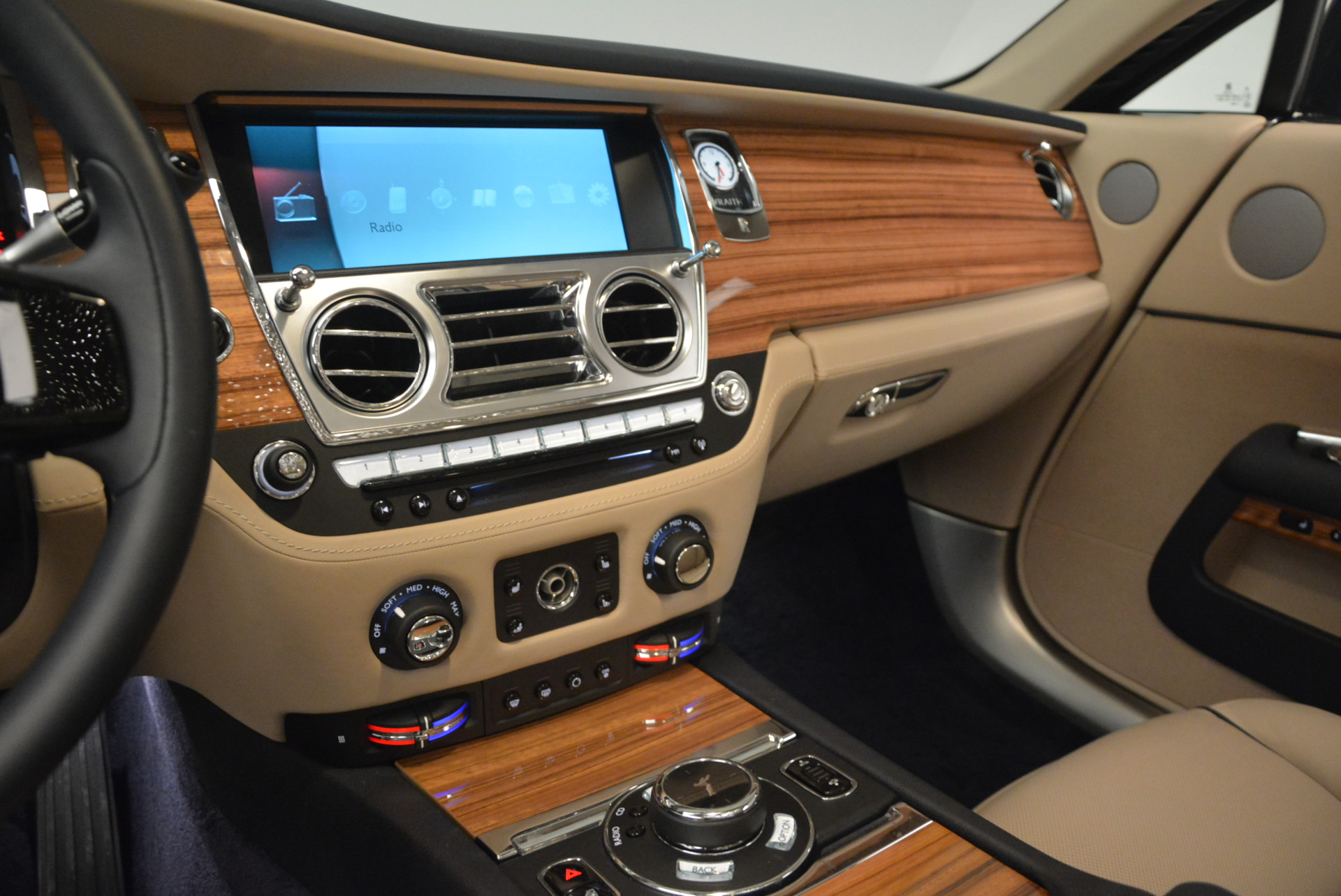 Used 2015 Rolls-Royce Wraith  For Sale In Westport, CT 1013_p19