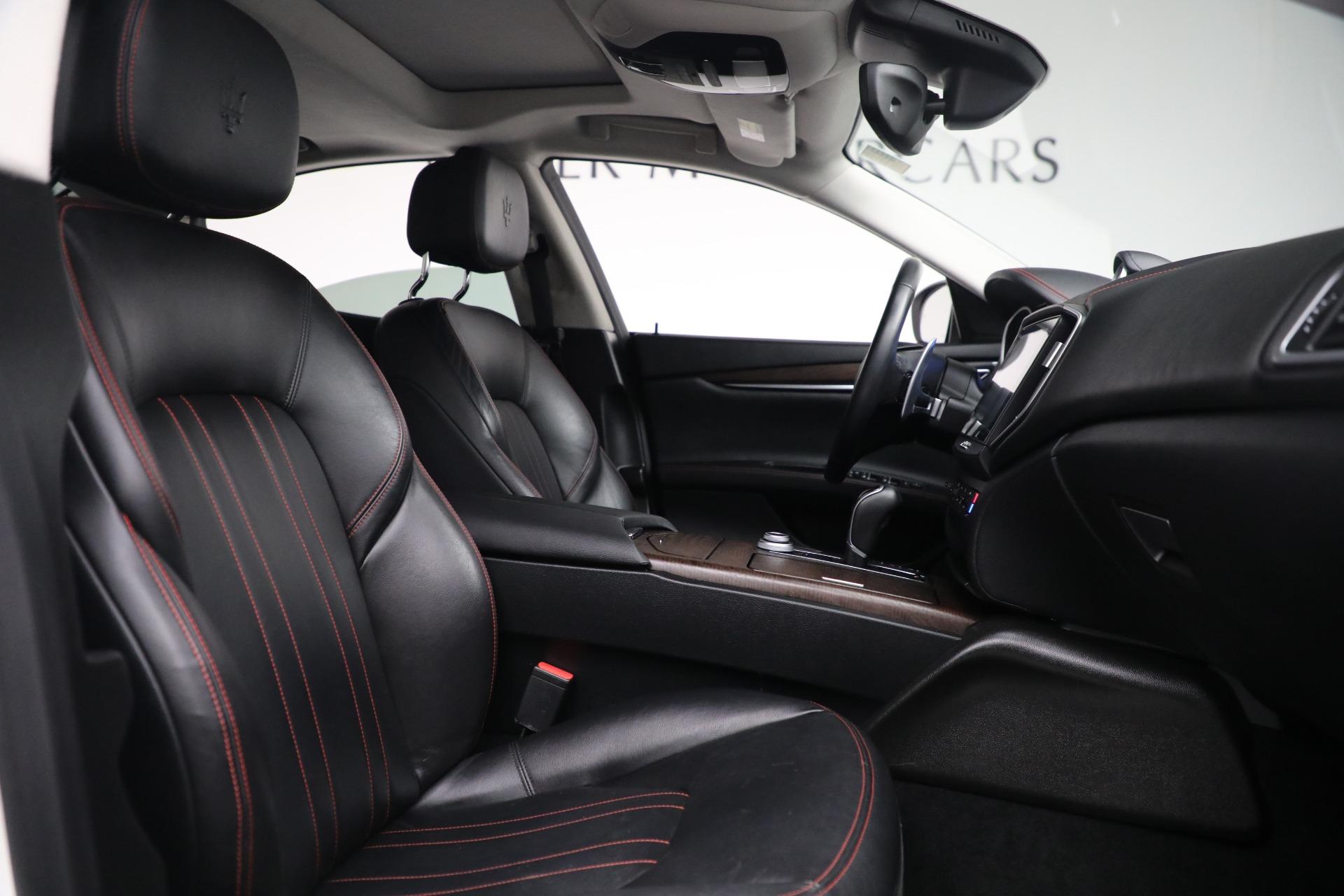 New 2017 Maserati Ghibli S Q4 EX-Loaner For Sale In Westport, CT 1019_p22