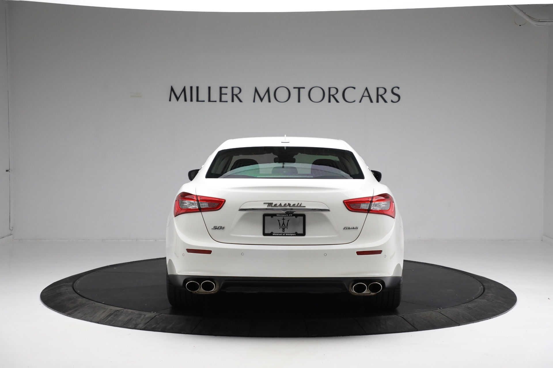 New 2017 Maserati Ghibli S Q4 EX-Loaner For Sale In Westport, CT 1019_p6