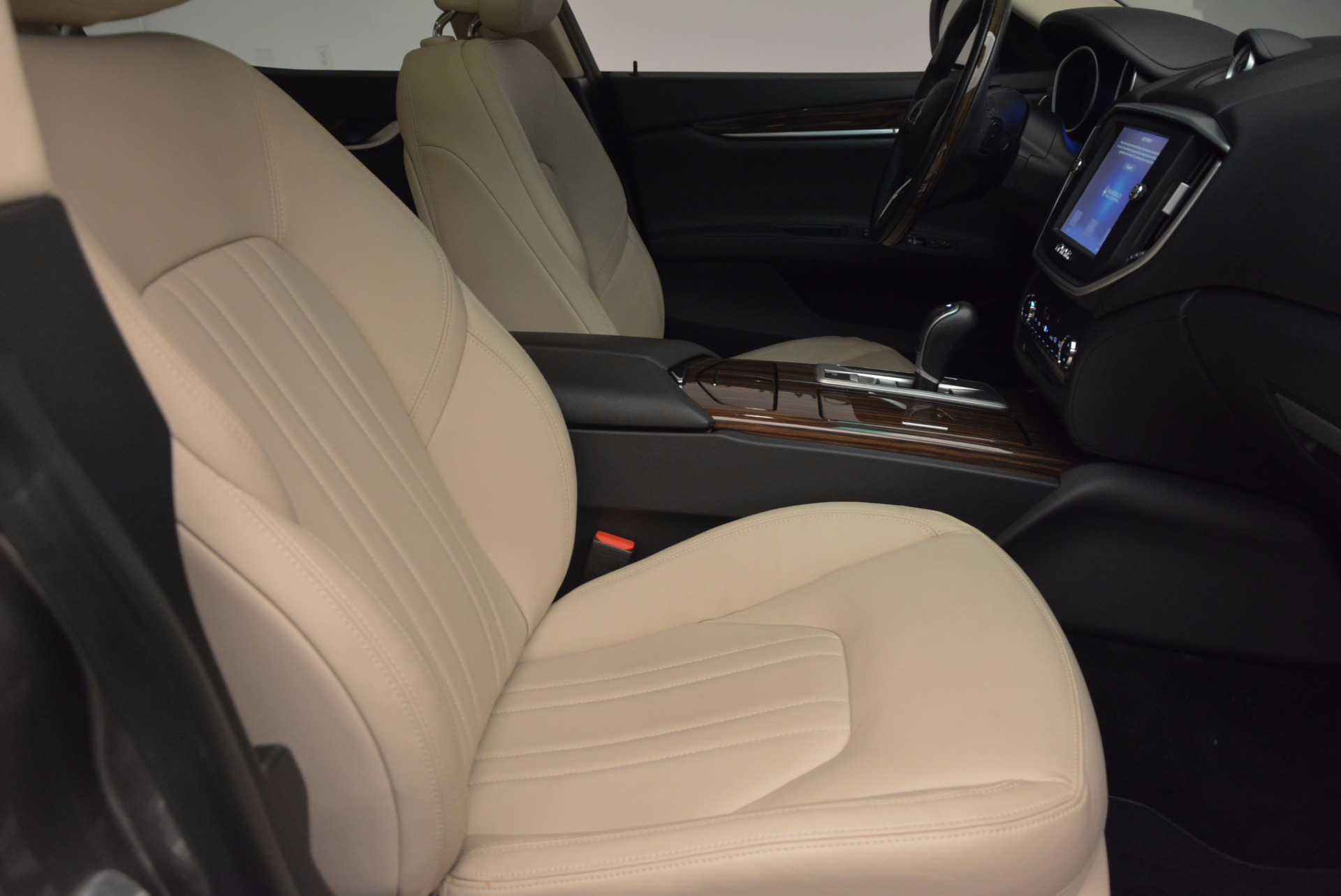 Used 2015 Maserati Ghibli S Q4 For Sale In Westport, CT 1059_p20