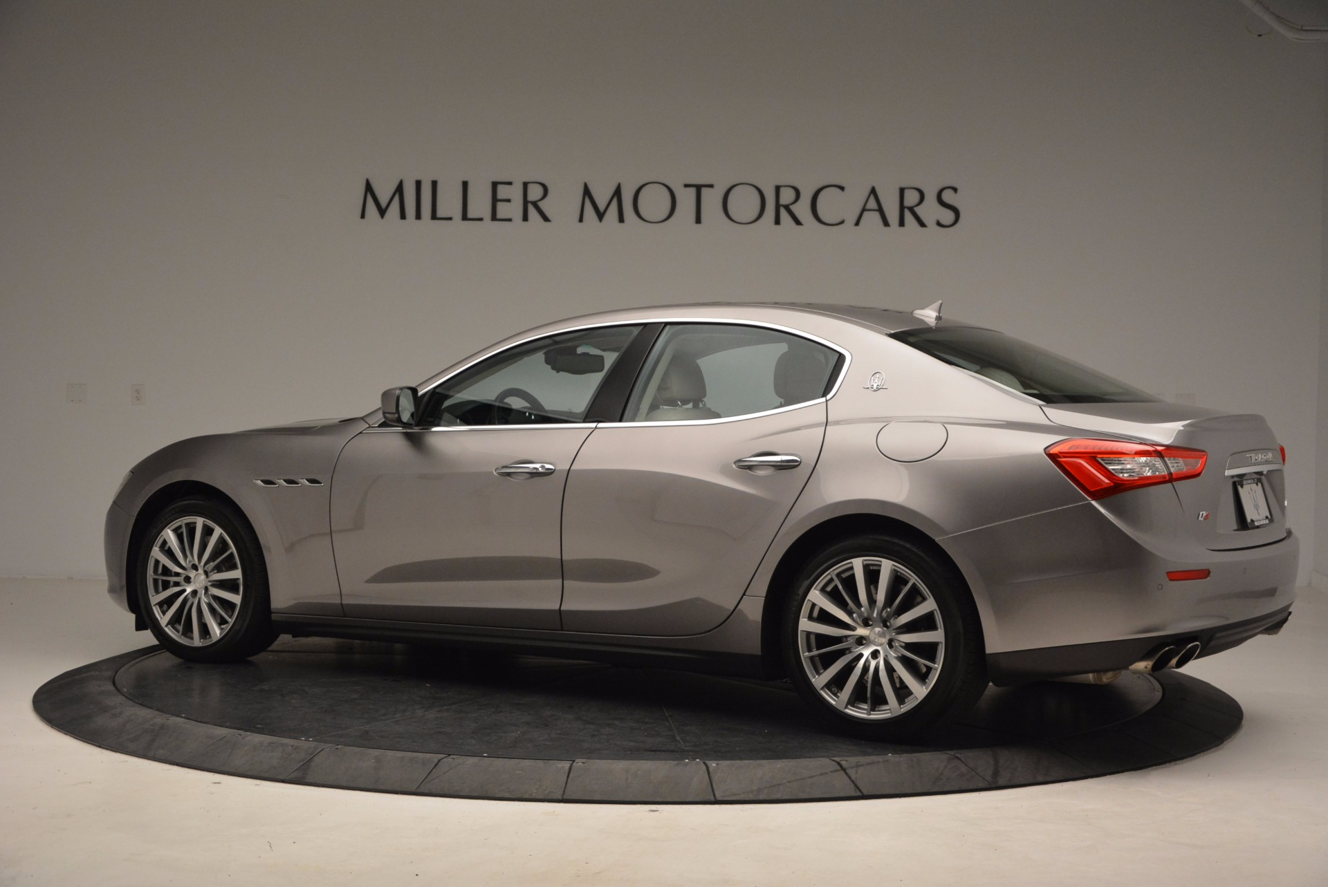Used 2015 Maserati Ghibli S Q4 For Sale In Westport, CT 1059_p4