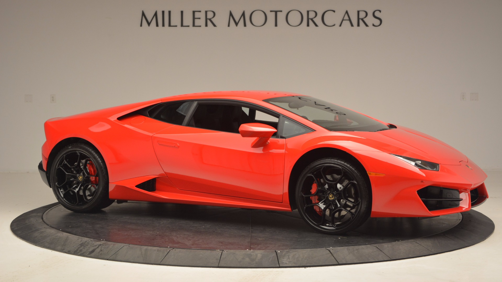 Used 2016 Lamborghini Huracan LP 580-2 For Sale In Westport, CT 1070_p10