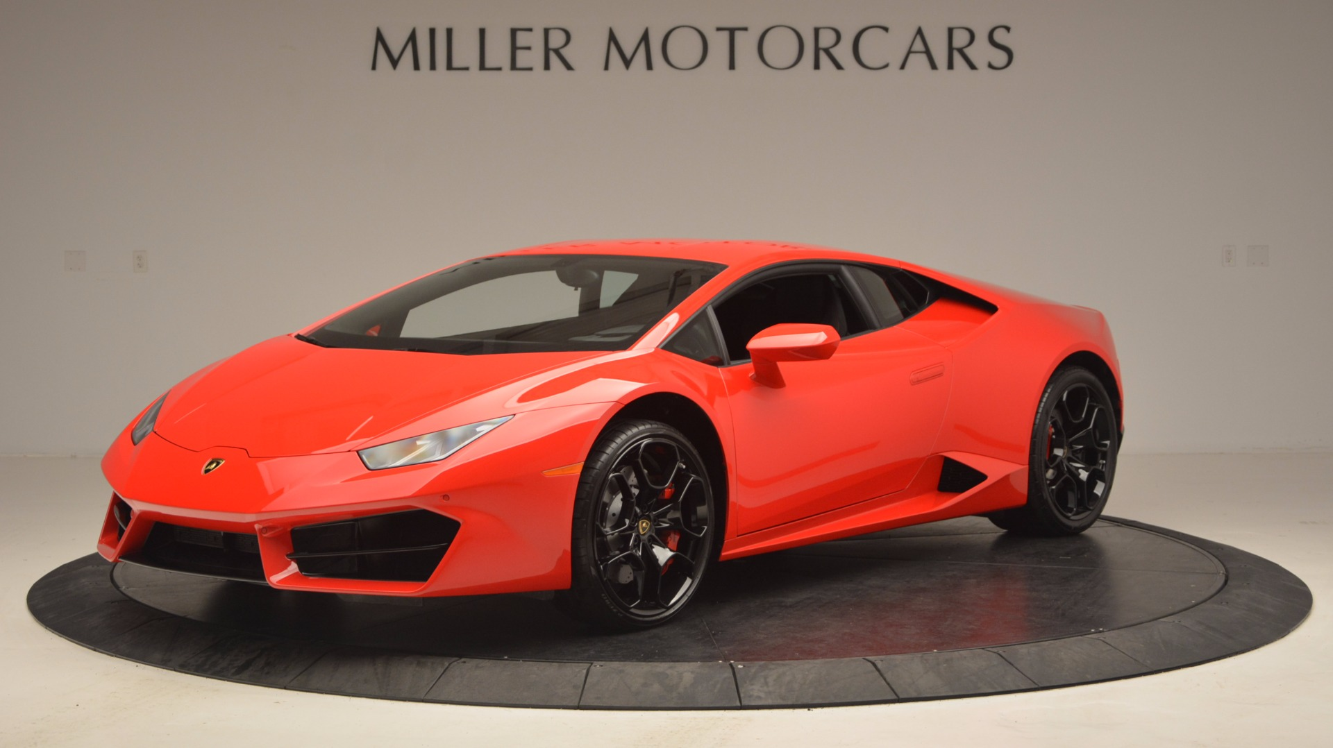 Used 2016 Lamborghini Huracan LP 580-2 For Sale In Westport, CT 1070_p2