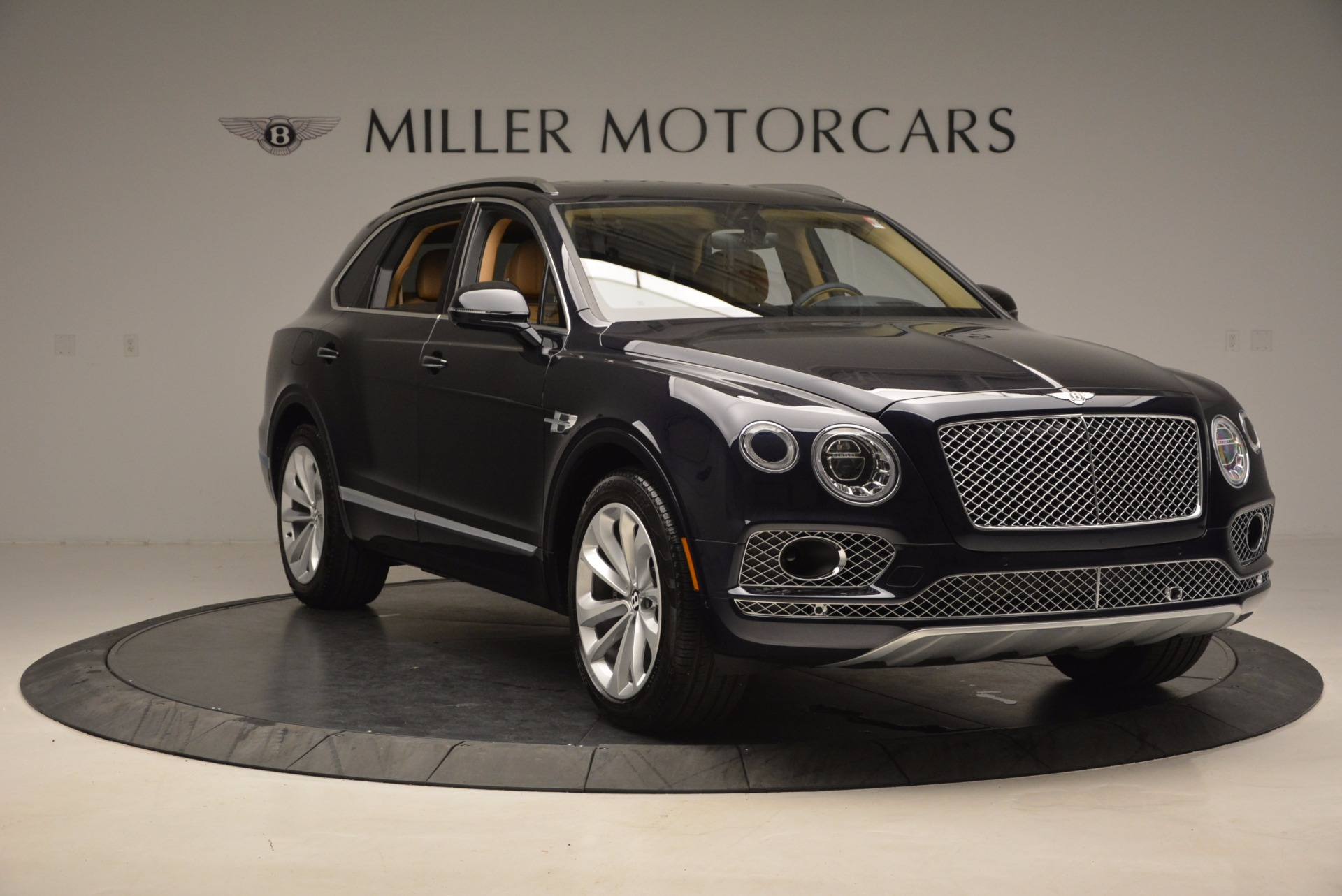 Used 2017 Bentley Bentayga W12 For Sale In Westport, CT 1077_p11