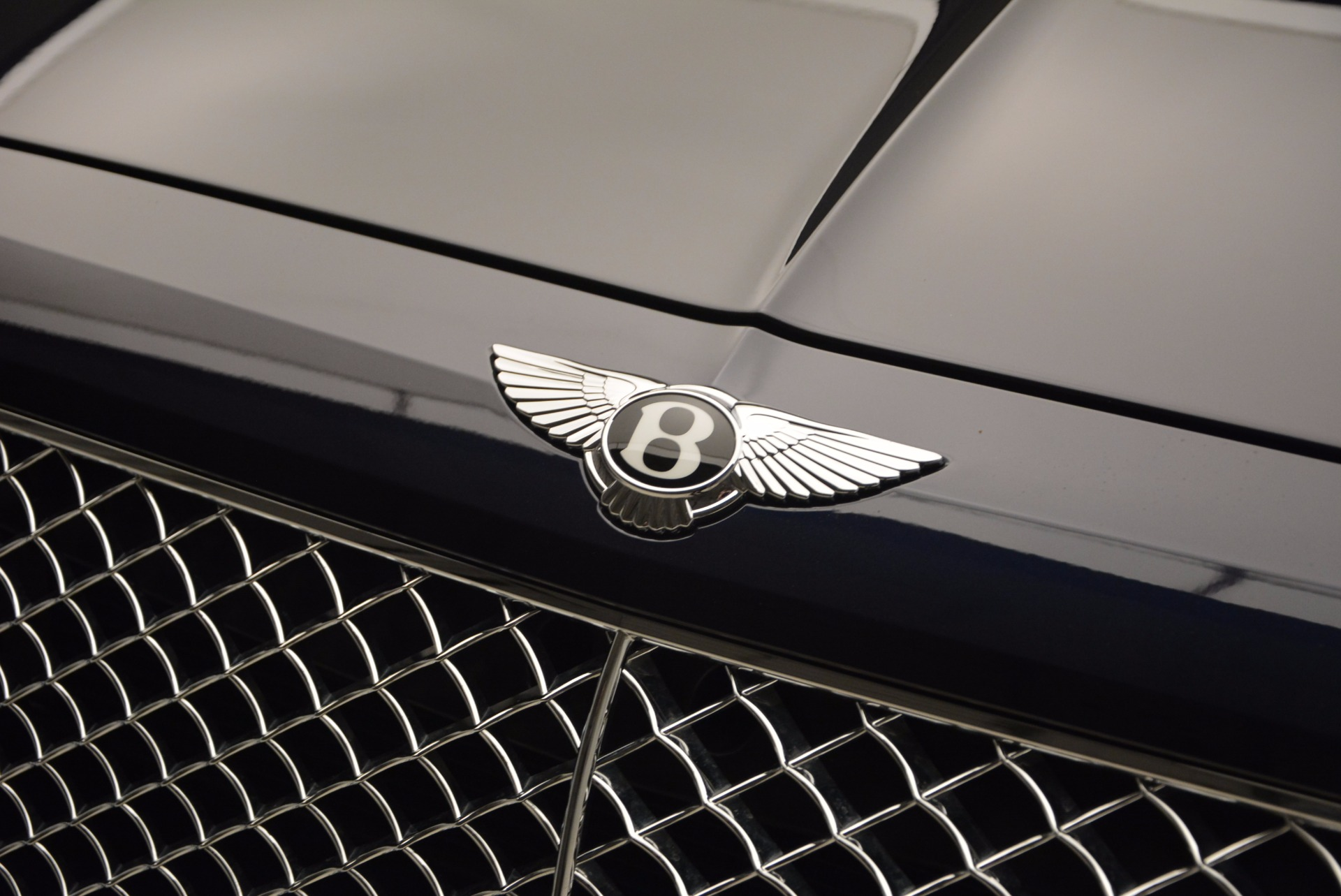 Used 2017 Bentley Bentayga W12 For Sale In Westport, CT 1077_p15