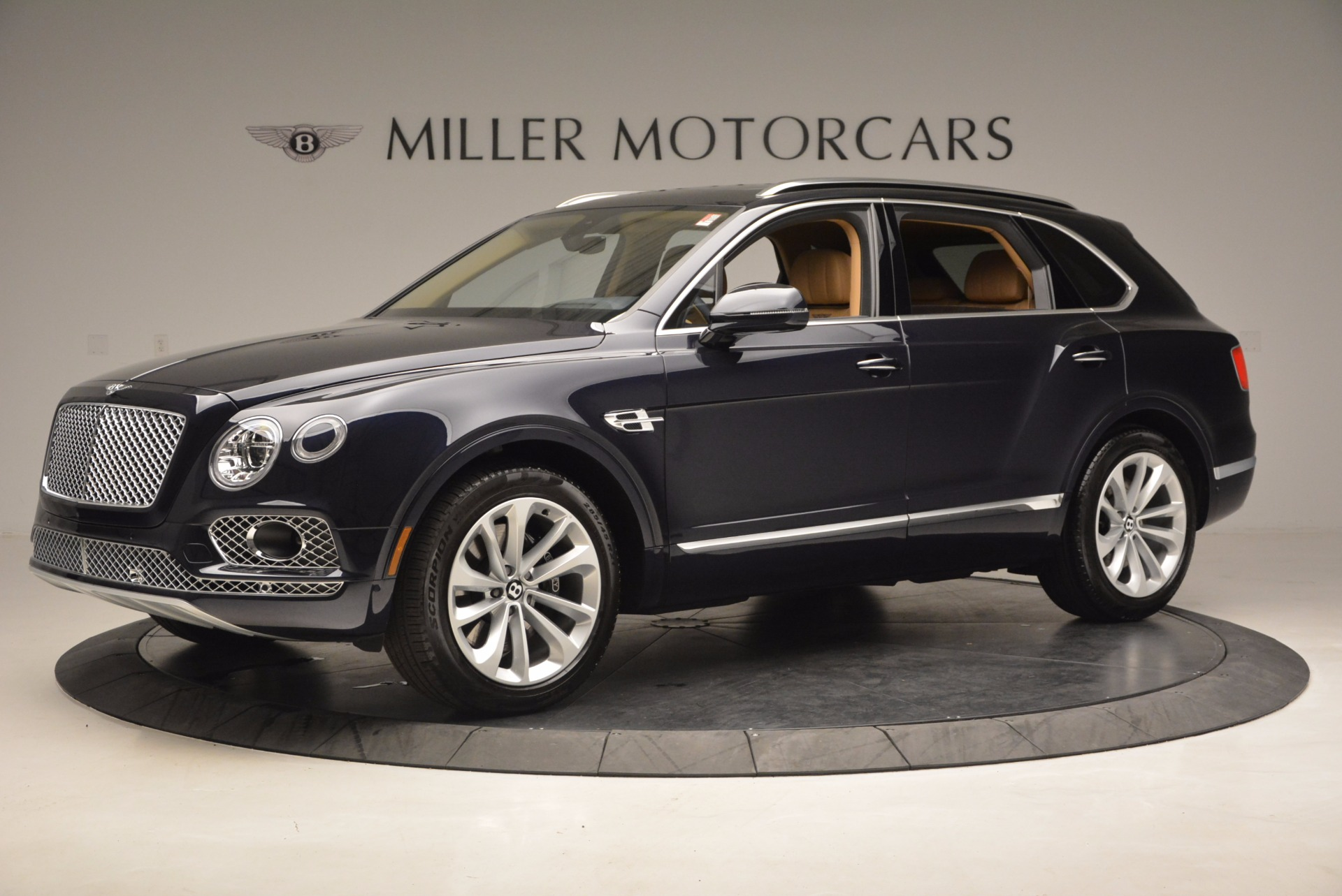 Used 2017 Bentley Bentayga W12 For Sale In Westport, CT 1077_p2