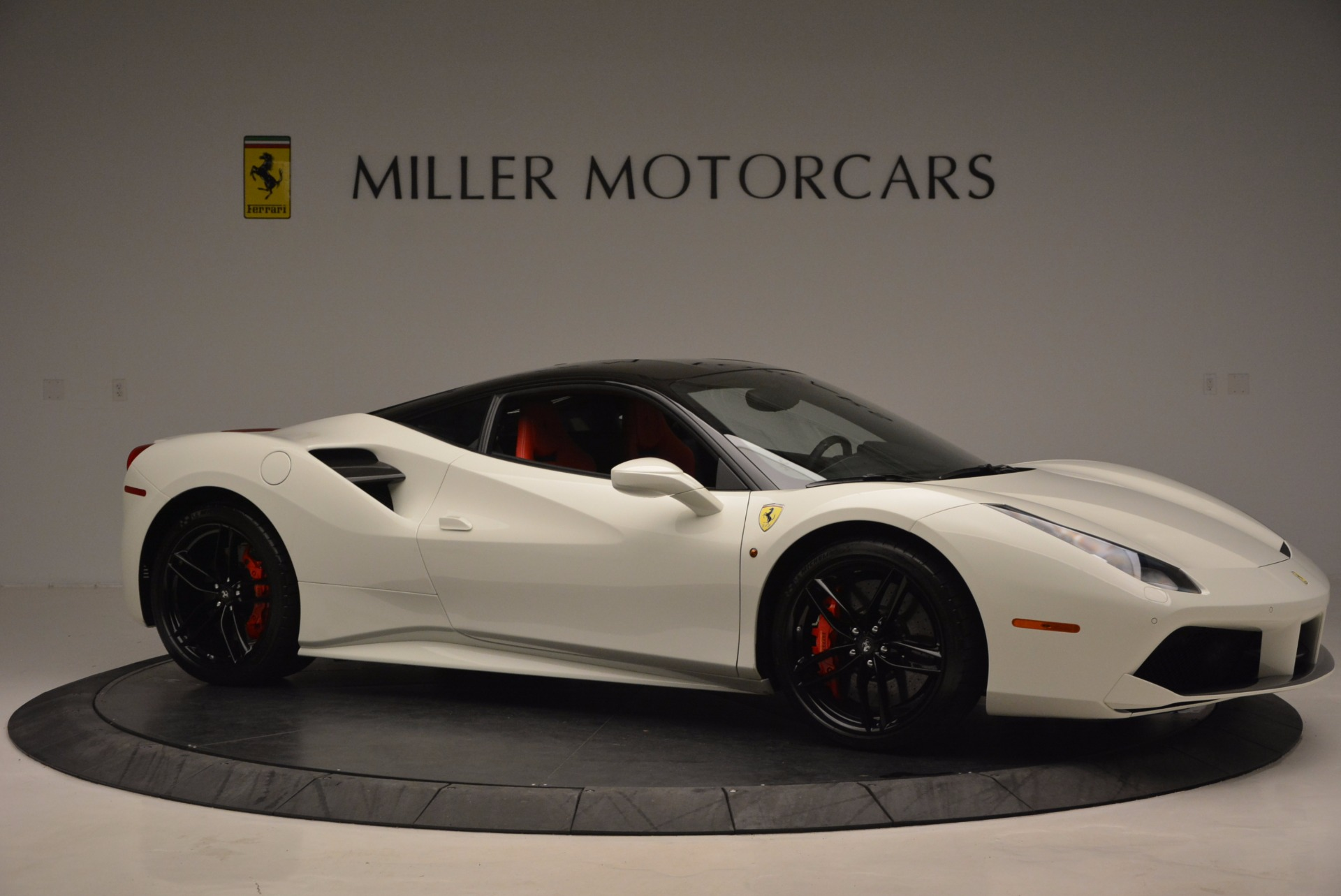 Used 2016 Ferrari 488 GTB  For Sale In Westport, CT 1080_p10