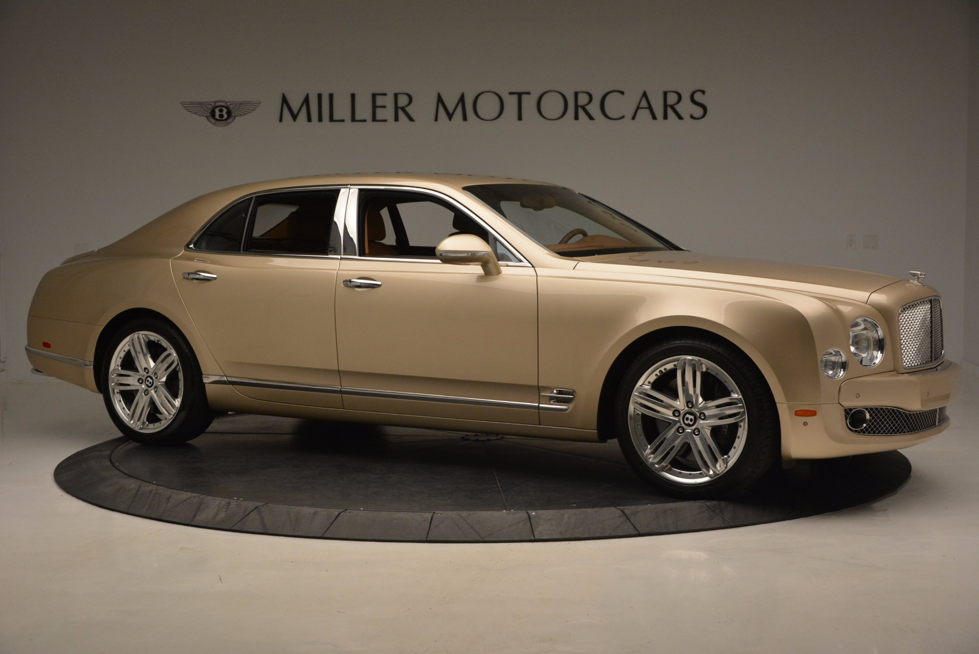 Used 2011 Bentley Mulsanne  For Sale In Westport, CT 1081_p10