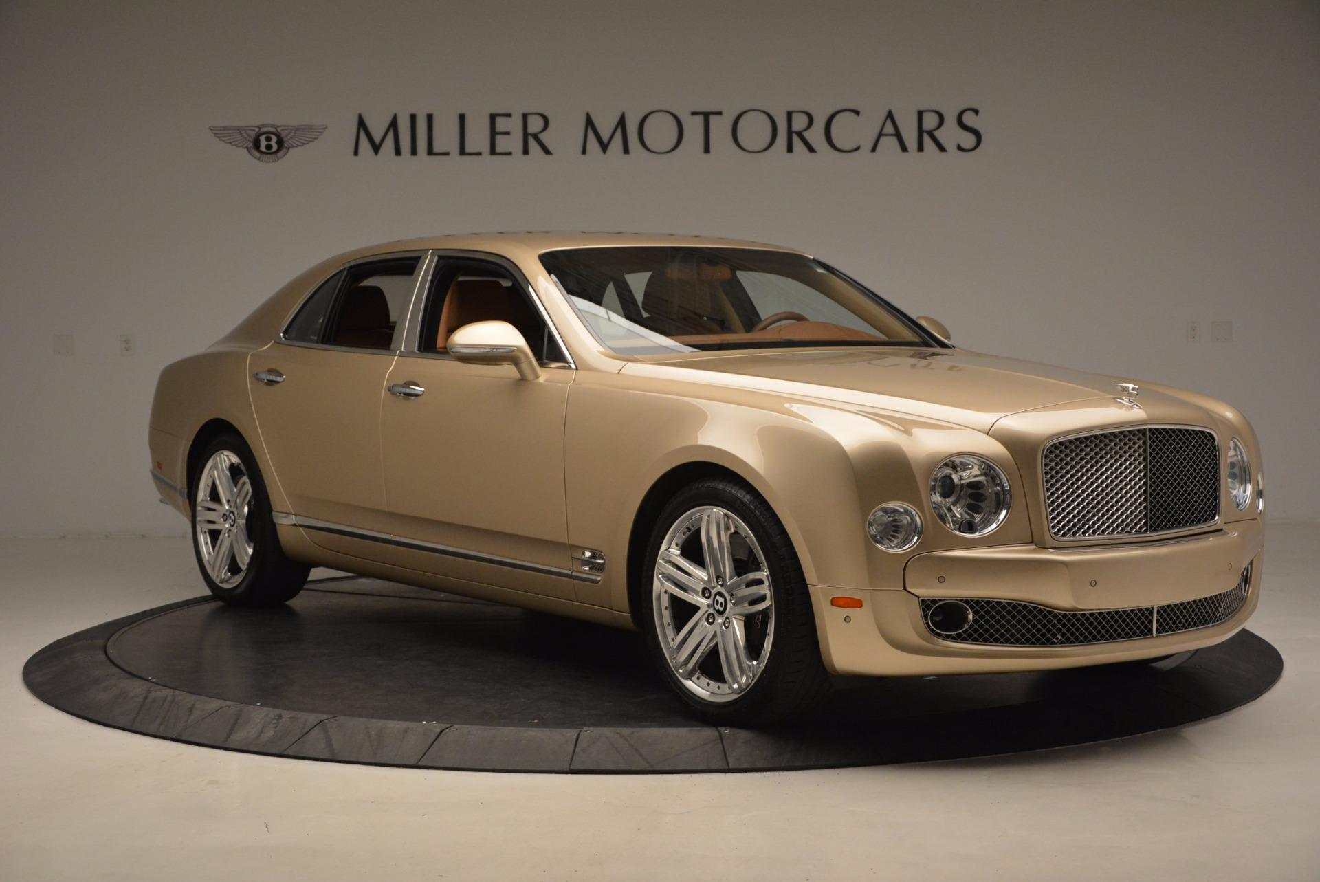Used 2011 Bentley Mulsanne  For Sale In Westport, CT 1081_p11