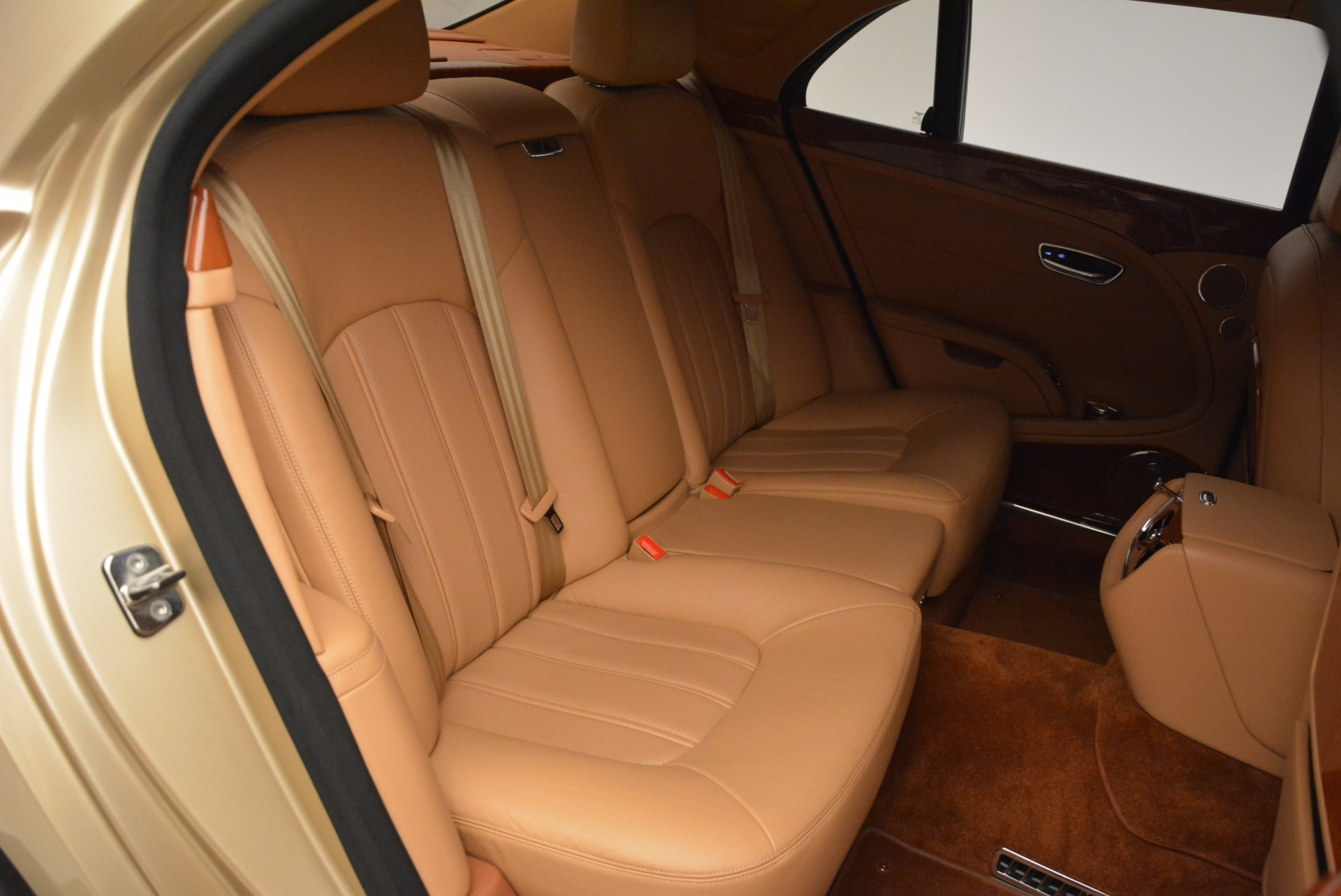 Used 2011 Bentley Mulsanne  For Sale In Westport, CT 1081_p34