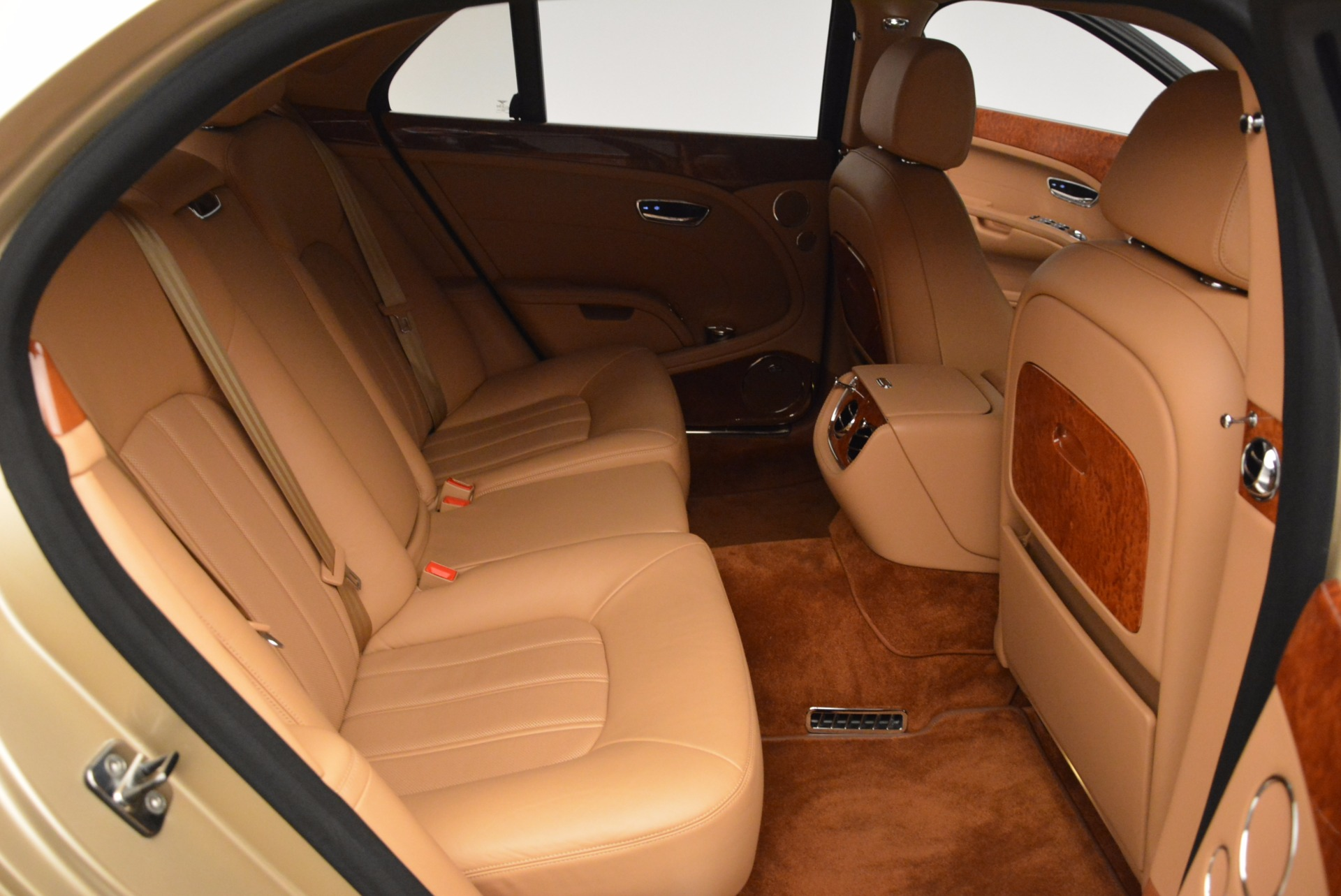 Used 2011 Bentley Mulsanne  For Sale In Westport, CT 1081_p35