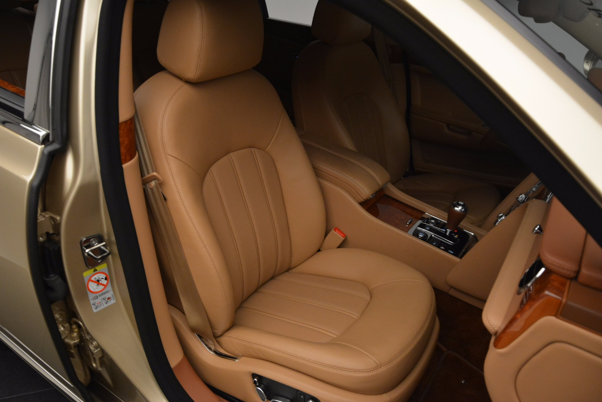 Used 2011 Bentley Mulsanne  For Sale In Westport, CT 1081_p39