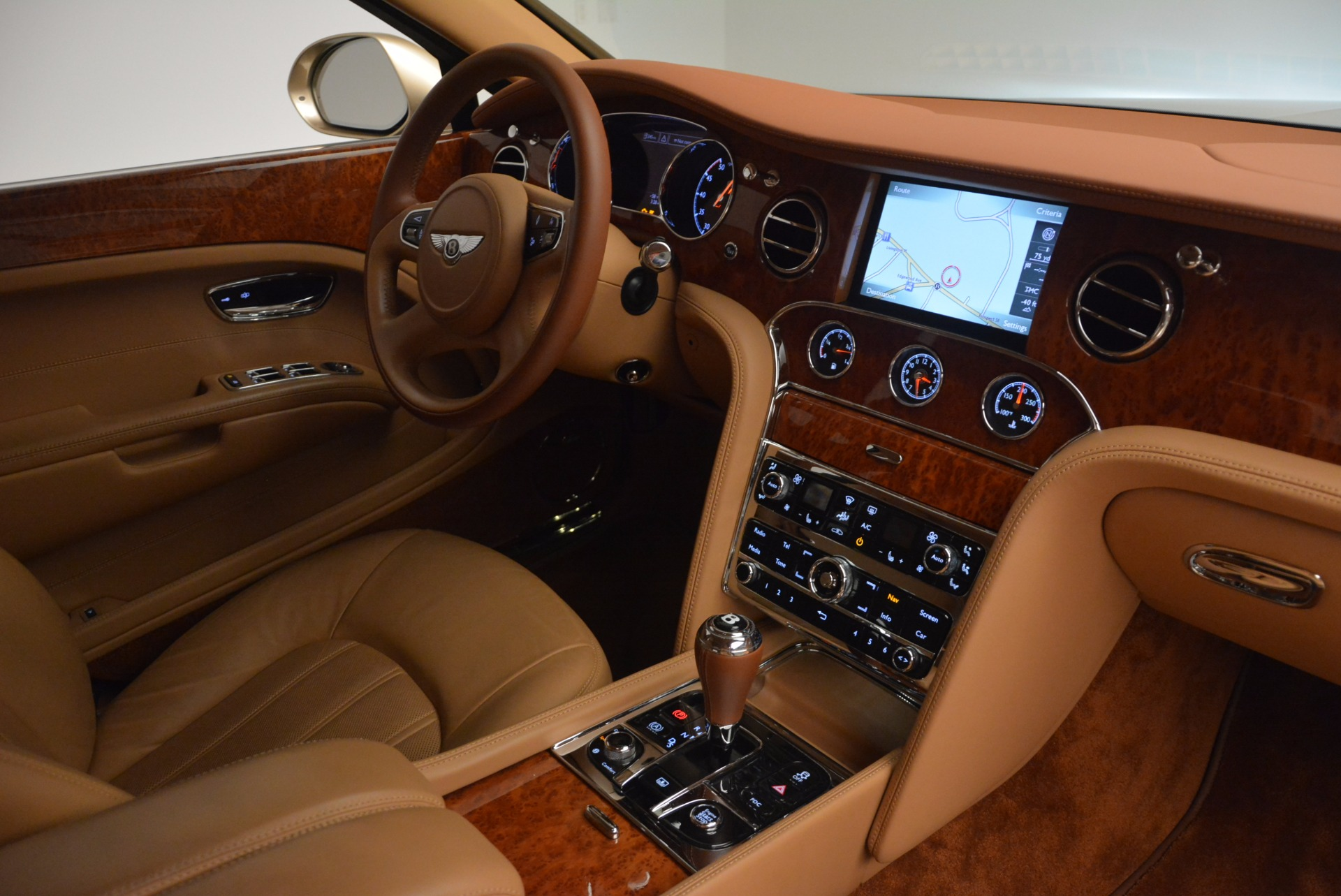 Used 2011 Bentley Mulsanne  For Sale In Westport, CT 1081_p42