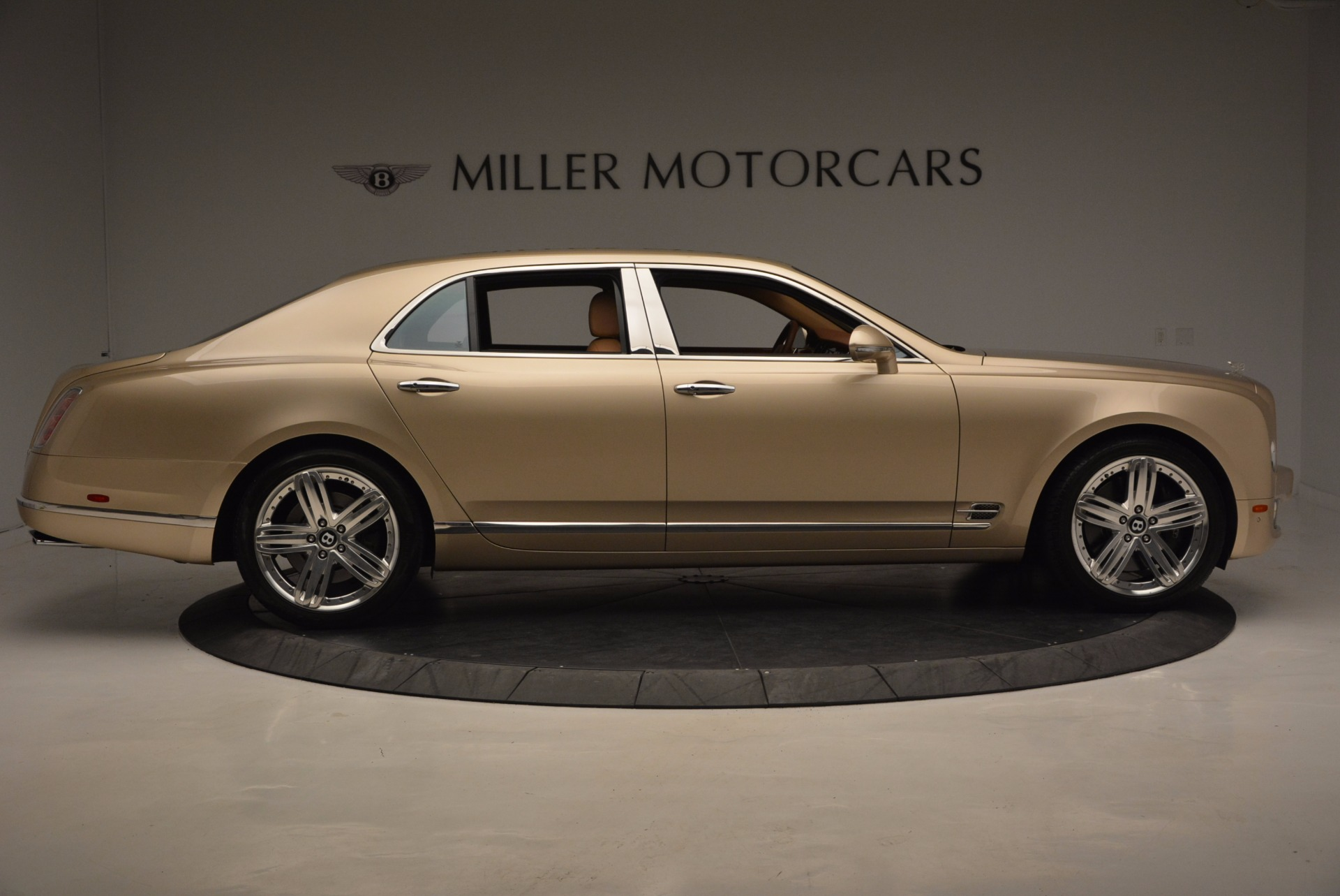 Used 2011 Bentley Mulsanne  For Sale In Westport, CT 1081_p9