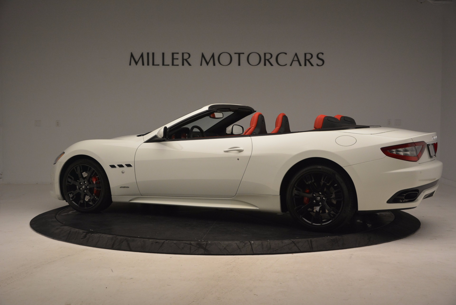 Used 2016 Maserati GranTurismo Sport For Sale In Westport, CT 1100_p4