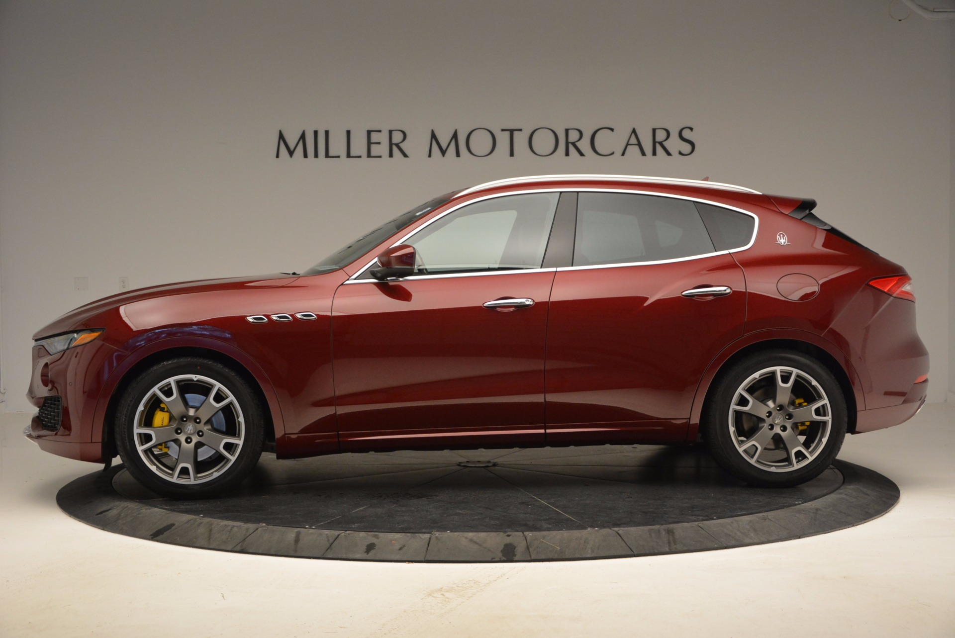 New 2017 Maserati Levante  For Sale In Westport, CT 1122_p4