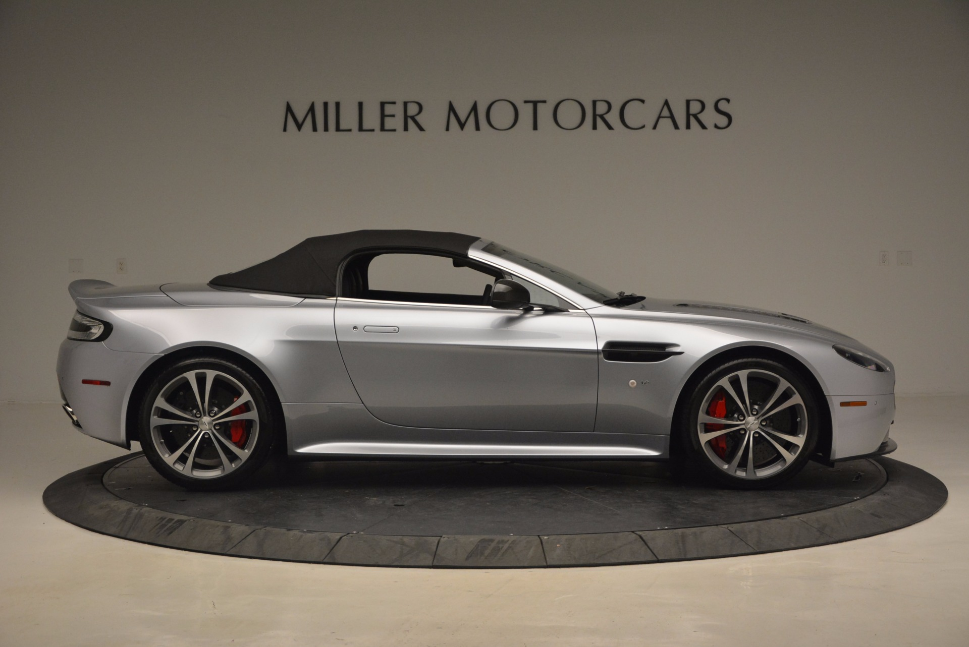 Used 2015 Aston Martin V12 Vantage S Roadster For Sale In Westport, CT 1130_p21