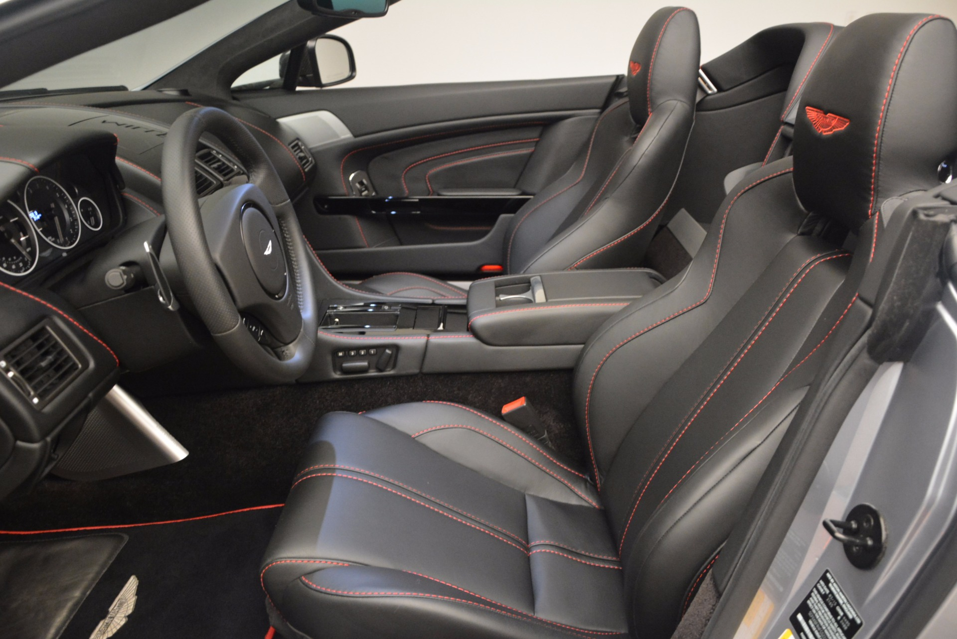 Used 2015 Aston Martin V12 Vantage S Roadster For Sale In Westport, CT 1130_p24
