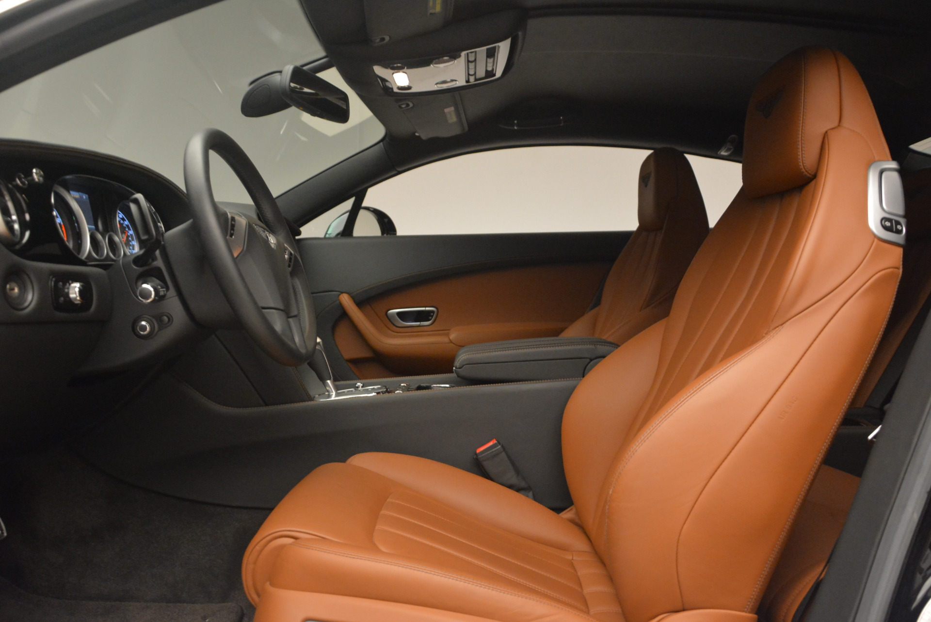 Used 2013 Bentley Continental GT V8 For Sale In Westport, CT 1131_p20