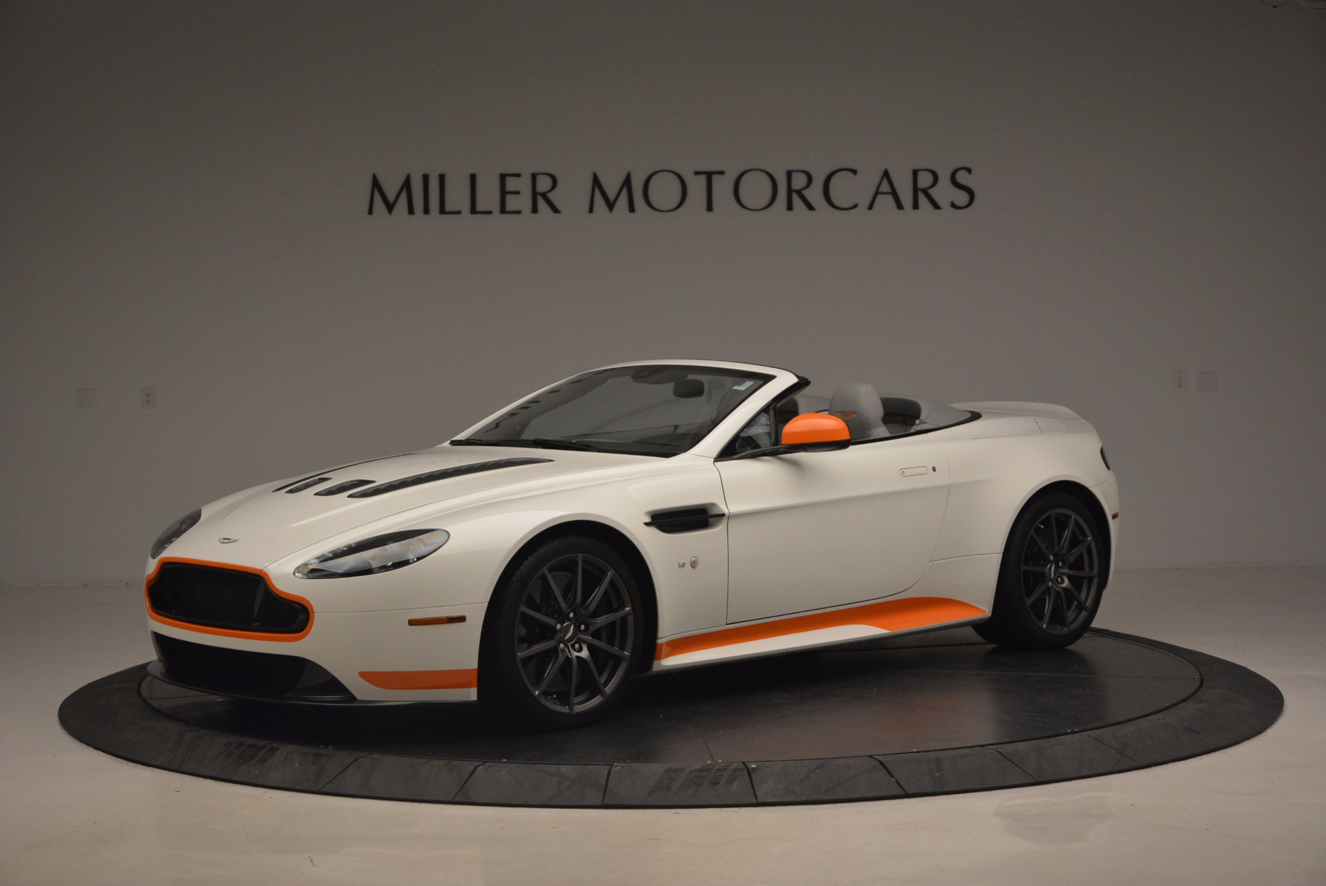 Used 2017 Aston Martin V12 Vantage S Convertible For Sale In Westport, CT 1134_main