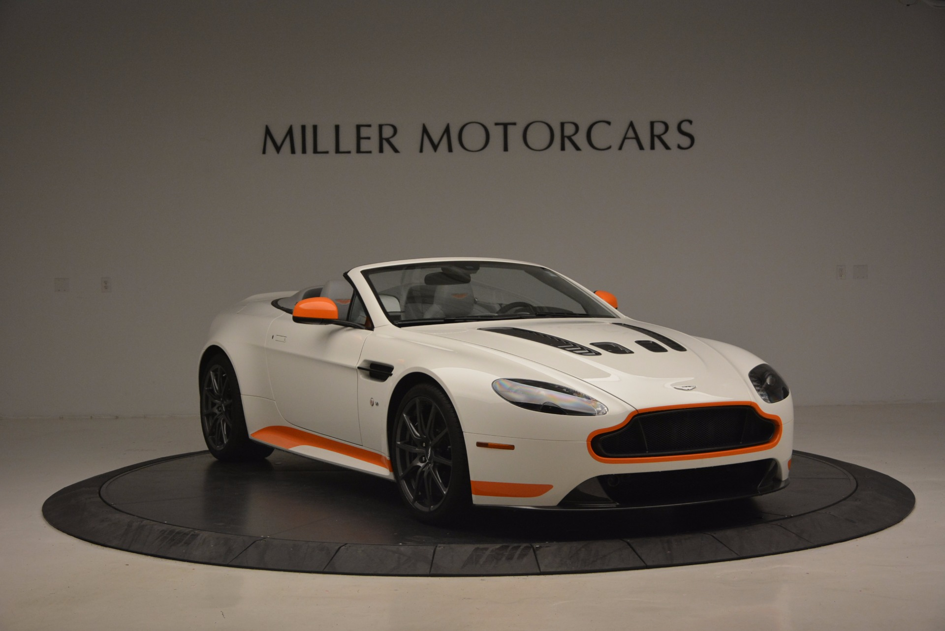 Used 2017 Aston Martin V12 Vantage S Convertible For Sale In Westport, CT 1134_p11