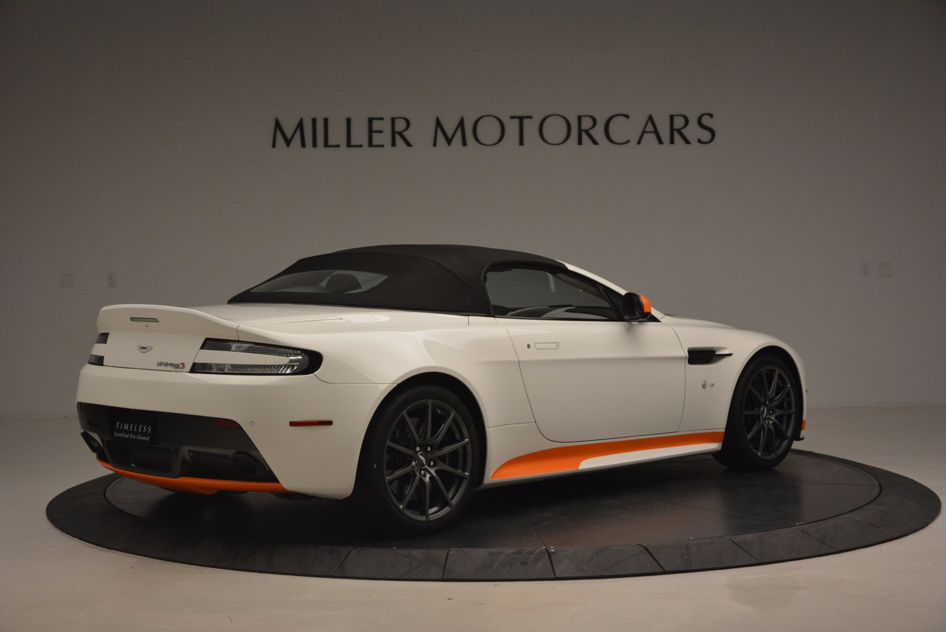 Used 2017 Aston Martin V12 Vantage S Convertible For Sale In Westport, CT 1134_p20