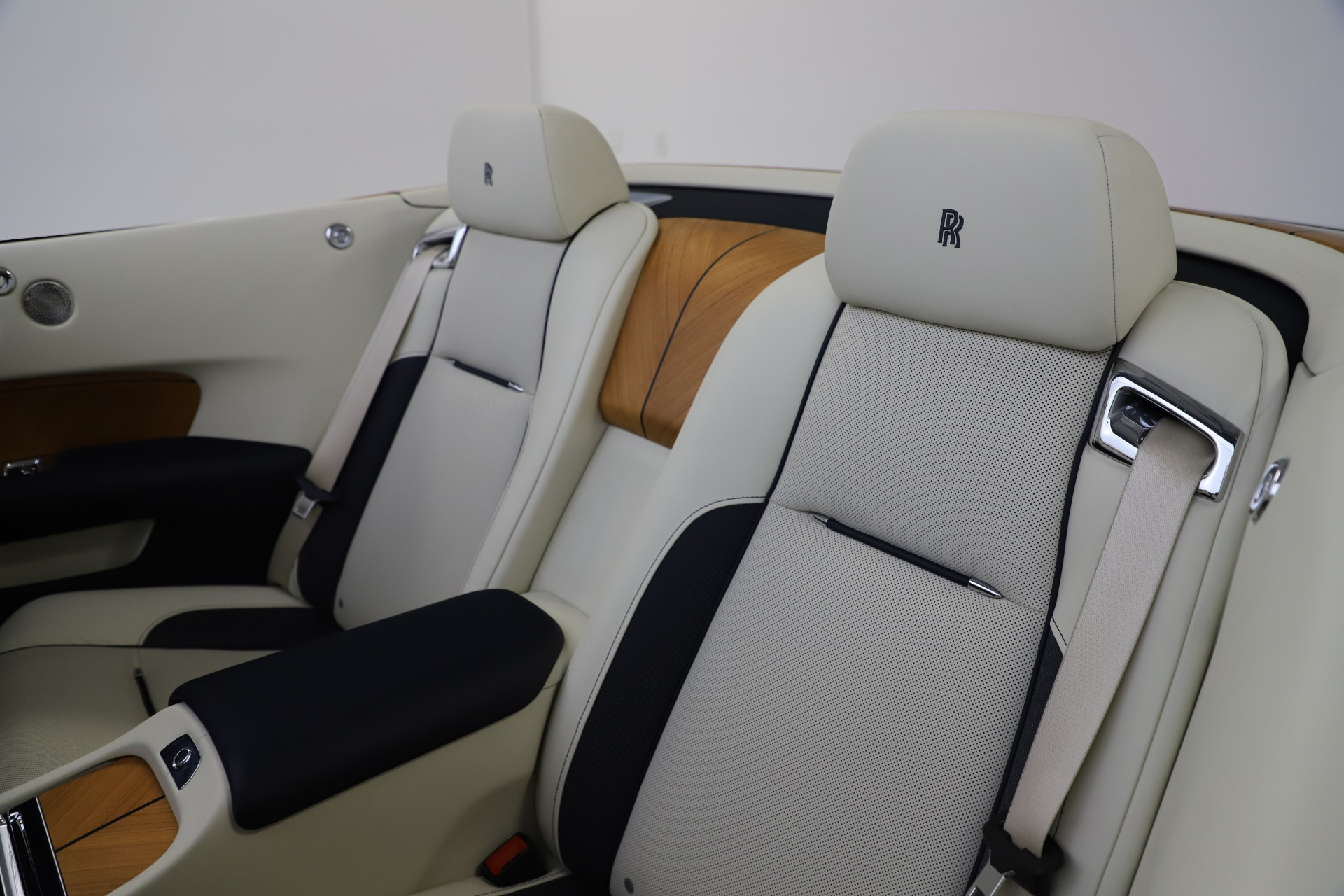 Used 2017 Rolls-Royce Dawn  For Sale In Westport, CT 1138_p42