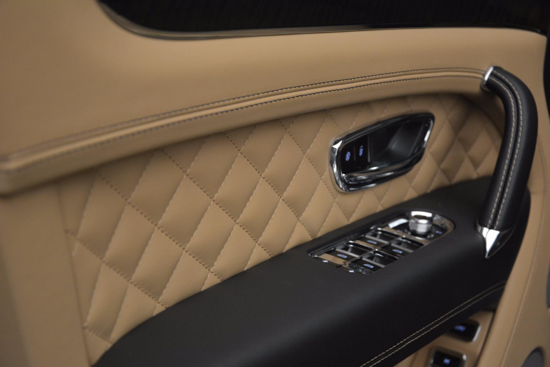 Used 2017 Bentley Bentayga  For Sale In Westport, CT 1139_p26