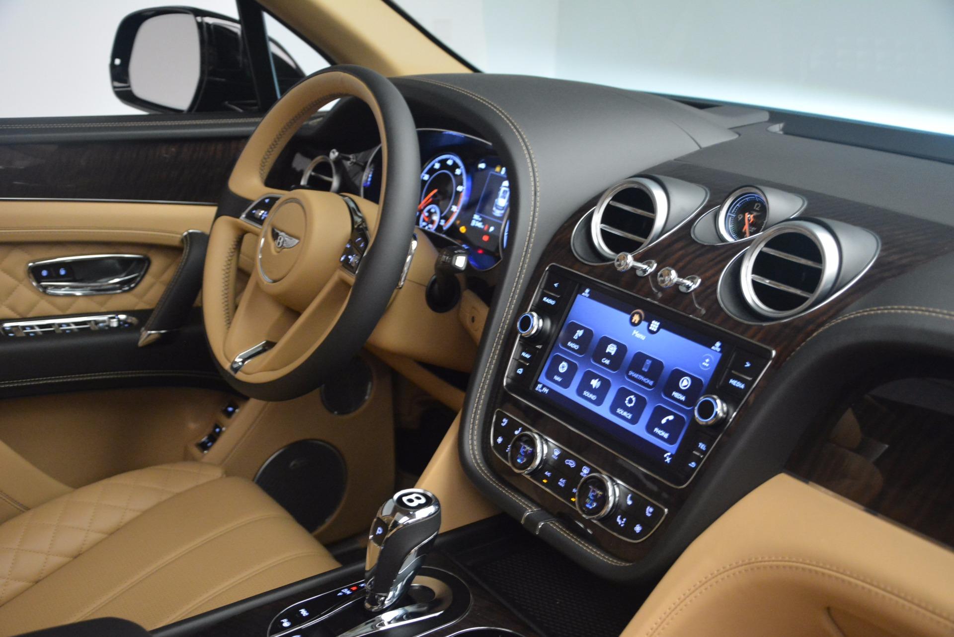 Used 2017 Bentley Bentayga  For Sale In Westport, CT 1139_p42