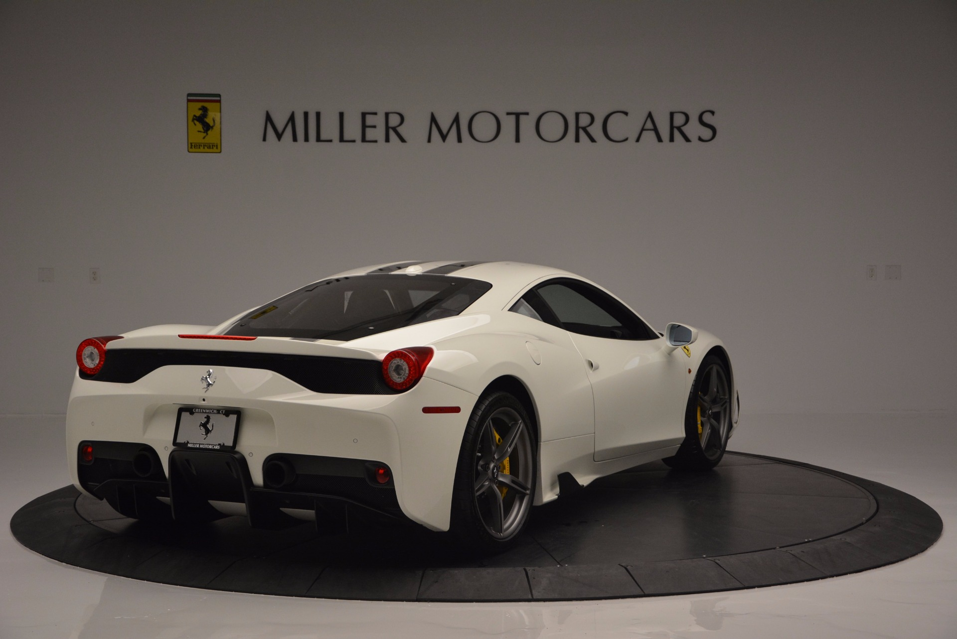 Used 2015 Ferrari 458 Speciale  For Sale In Westport, CT 1147_p8