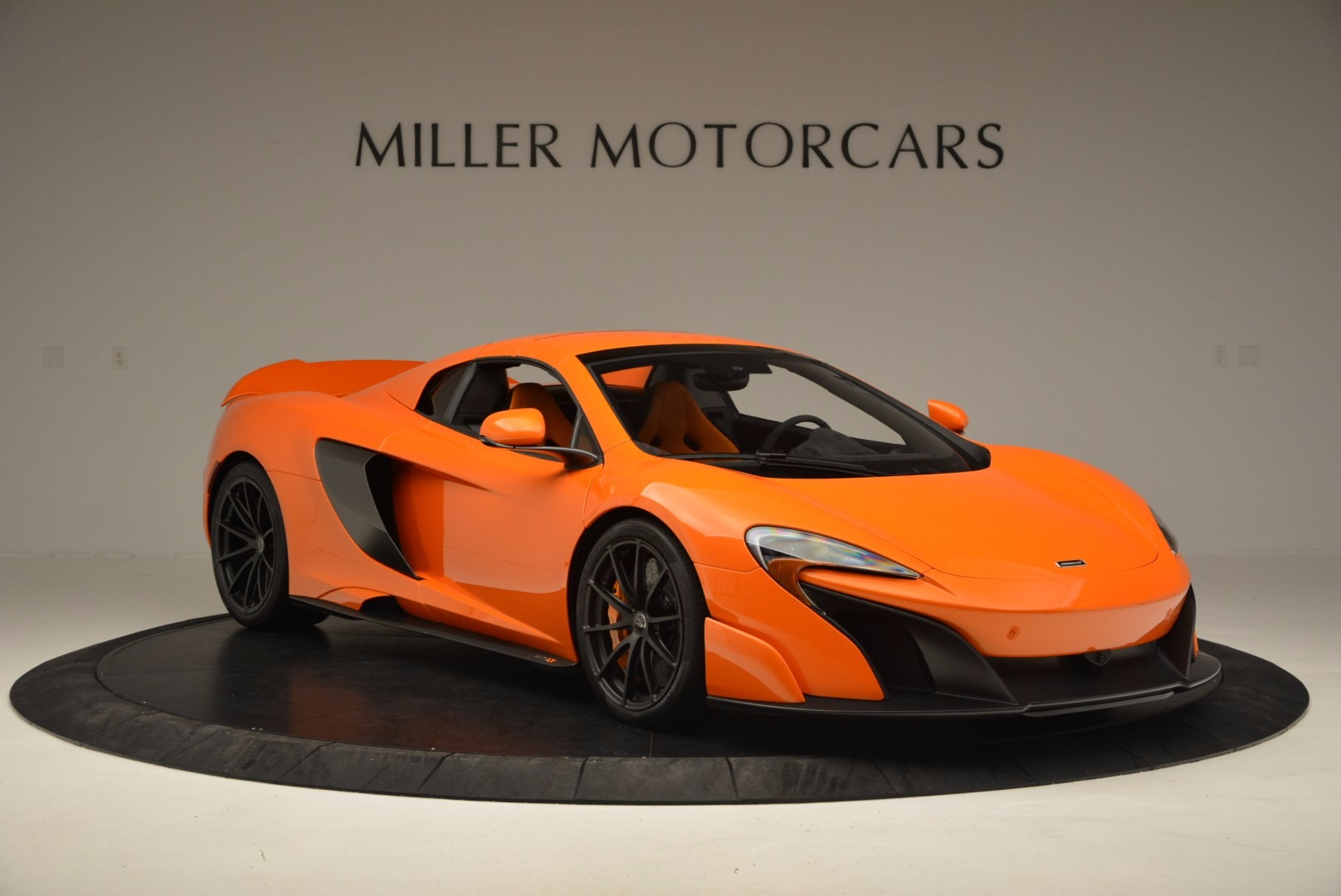 Used 2016 McLaren 675LT Spider Convertible For Sale In Westport, CT 1150_p20