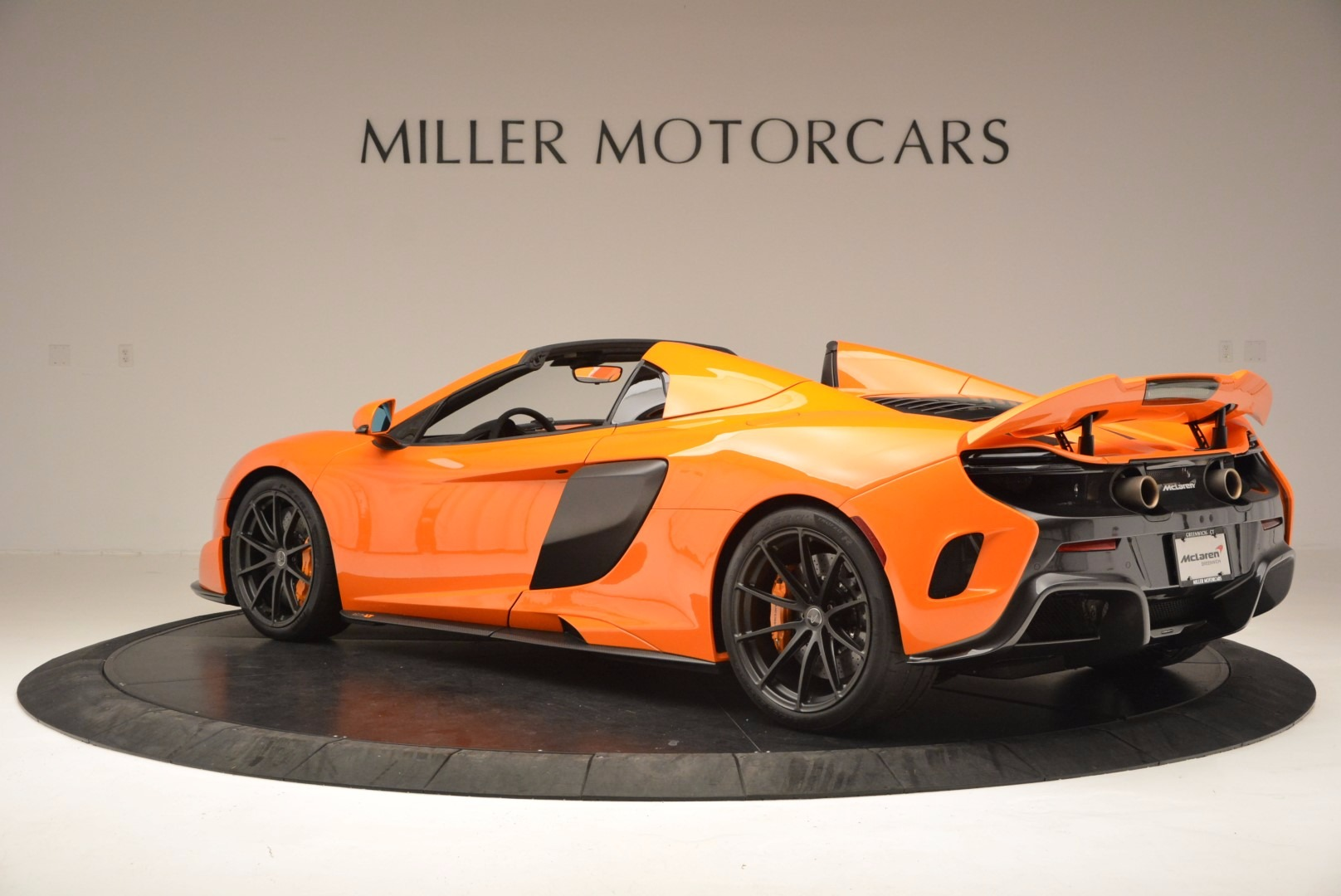 Used 2016 McLaren 675LT Spider Convertible For Sale In Westport, CT 1150_p4