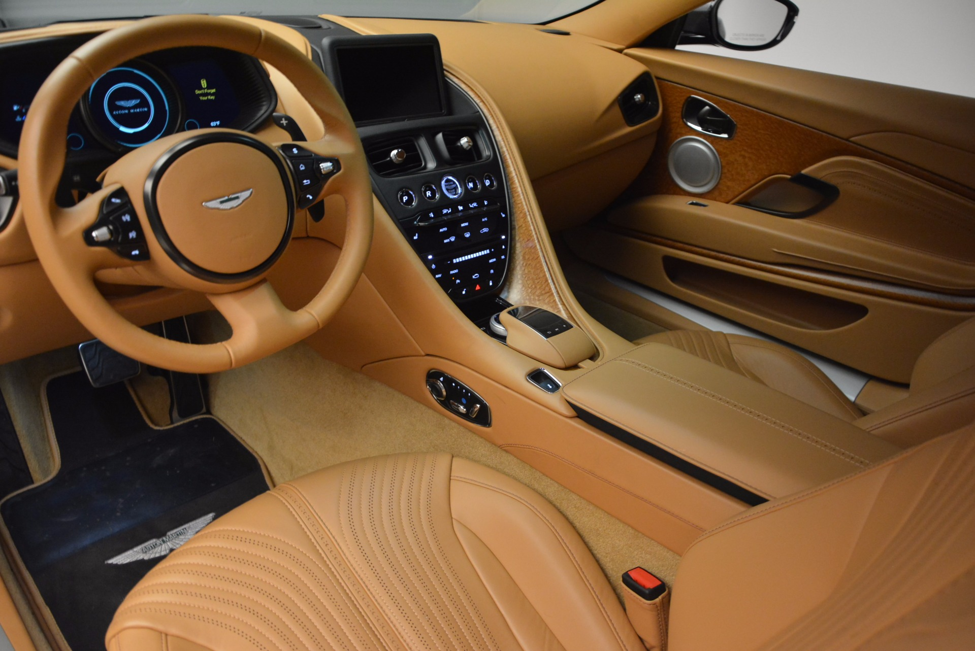 New 2017 Aston Martin DB11  For Sale In Westport, CT 1159_p13