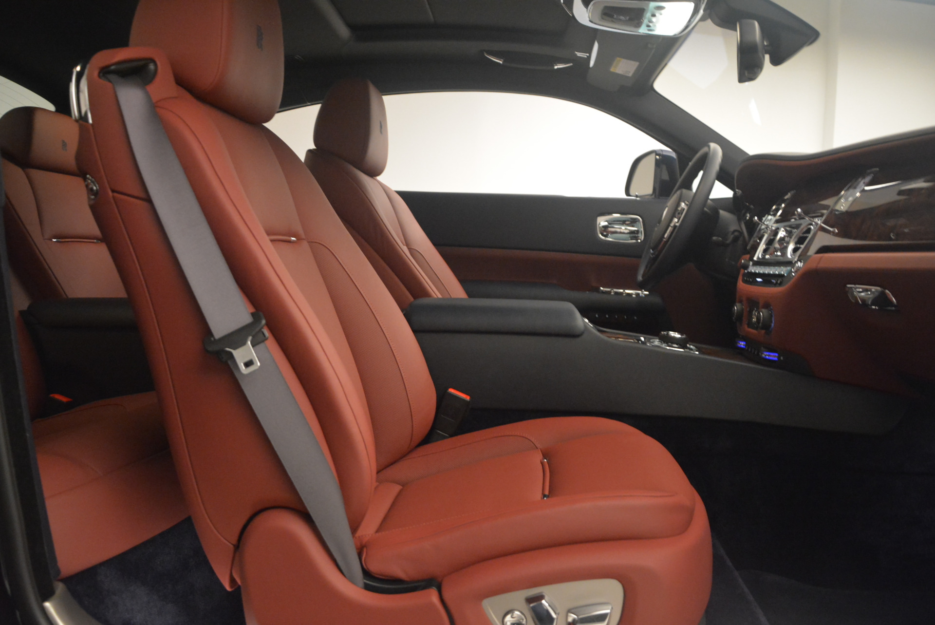 Used 2016 Rolls-Royce Wraith  For Sale In Westport, CT 1170_p29