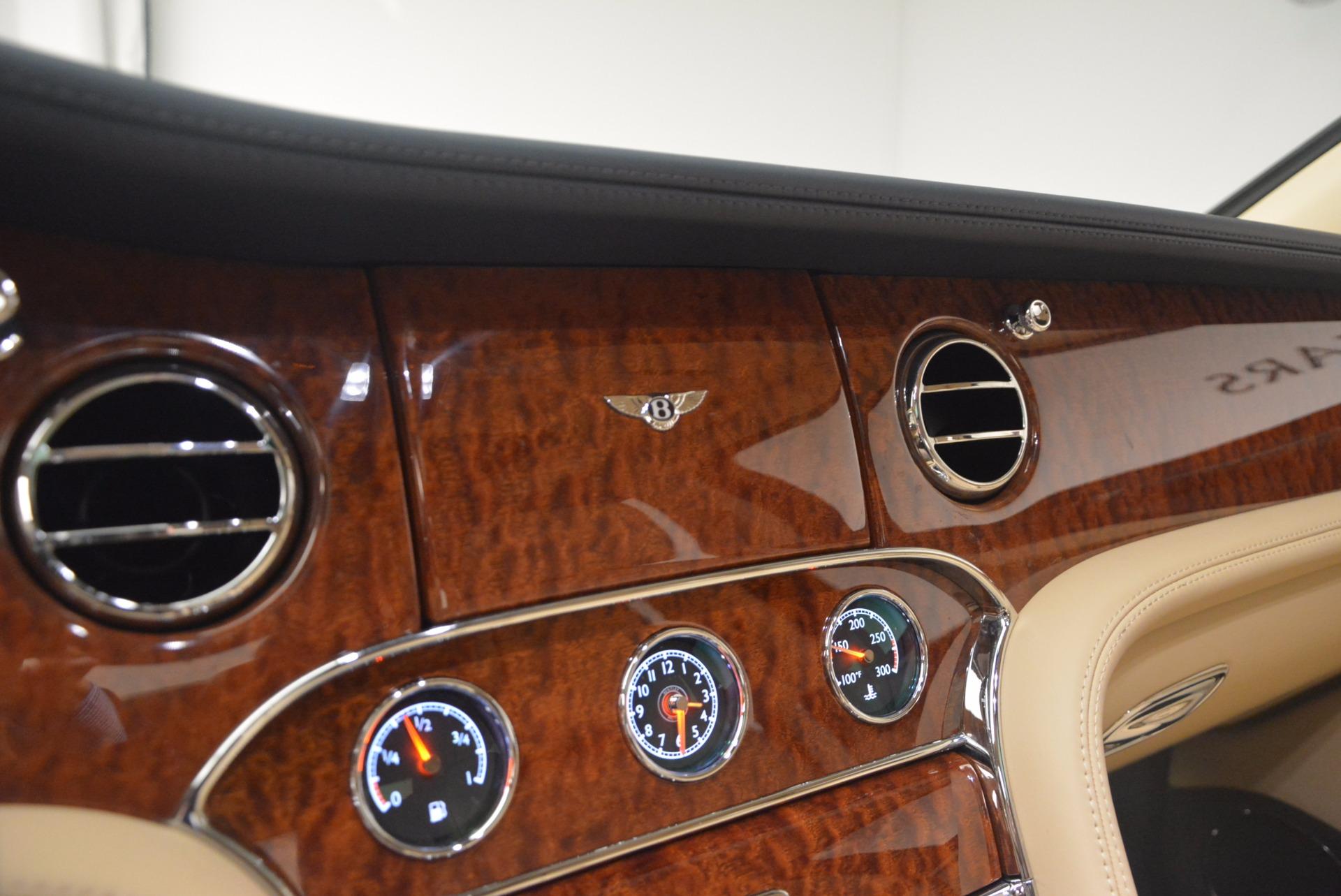 Used 2016 Bentley Mulsanne  For Sale In Westport, CT 1173_p25