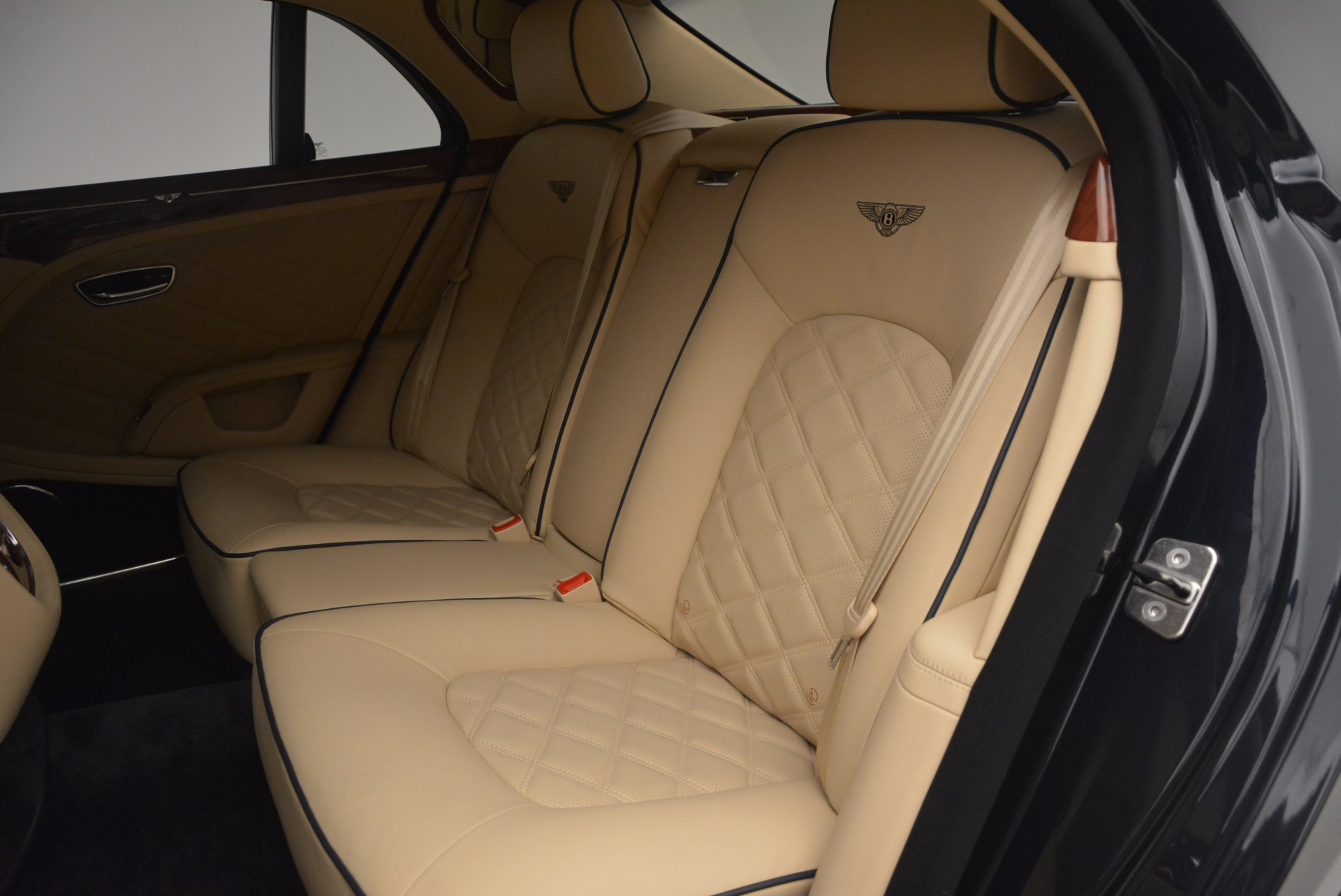 Used 2016 Bentley Mulsanne  For Sale In Westport, CT 1173_p29