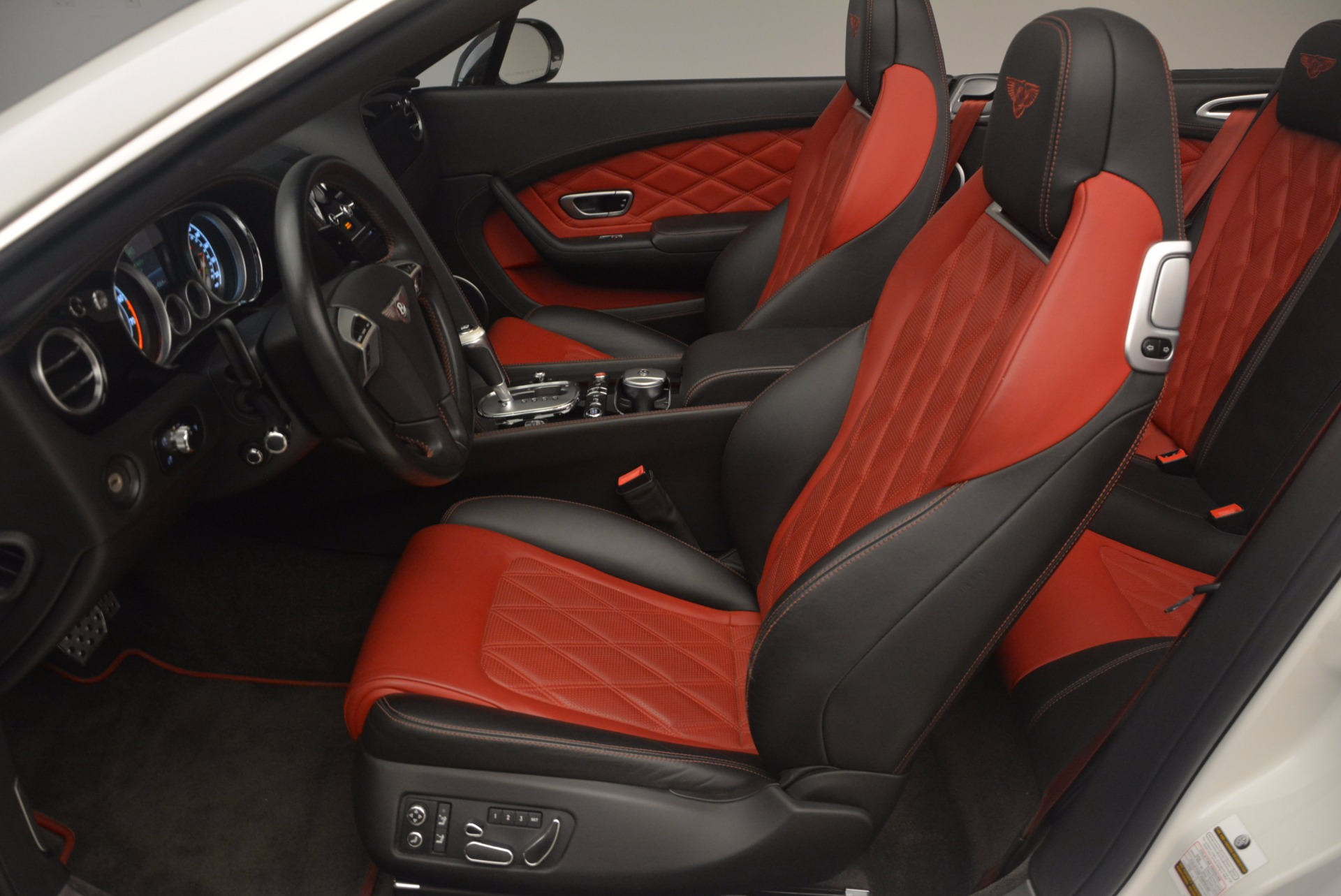 Used 2013 Bentley Continental GT V8 For Sale In Westport, CT 1174_p37