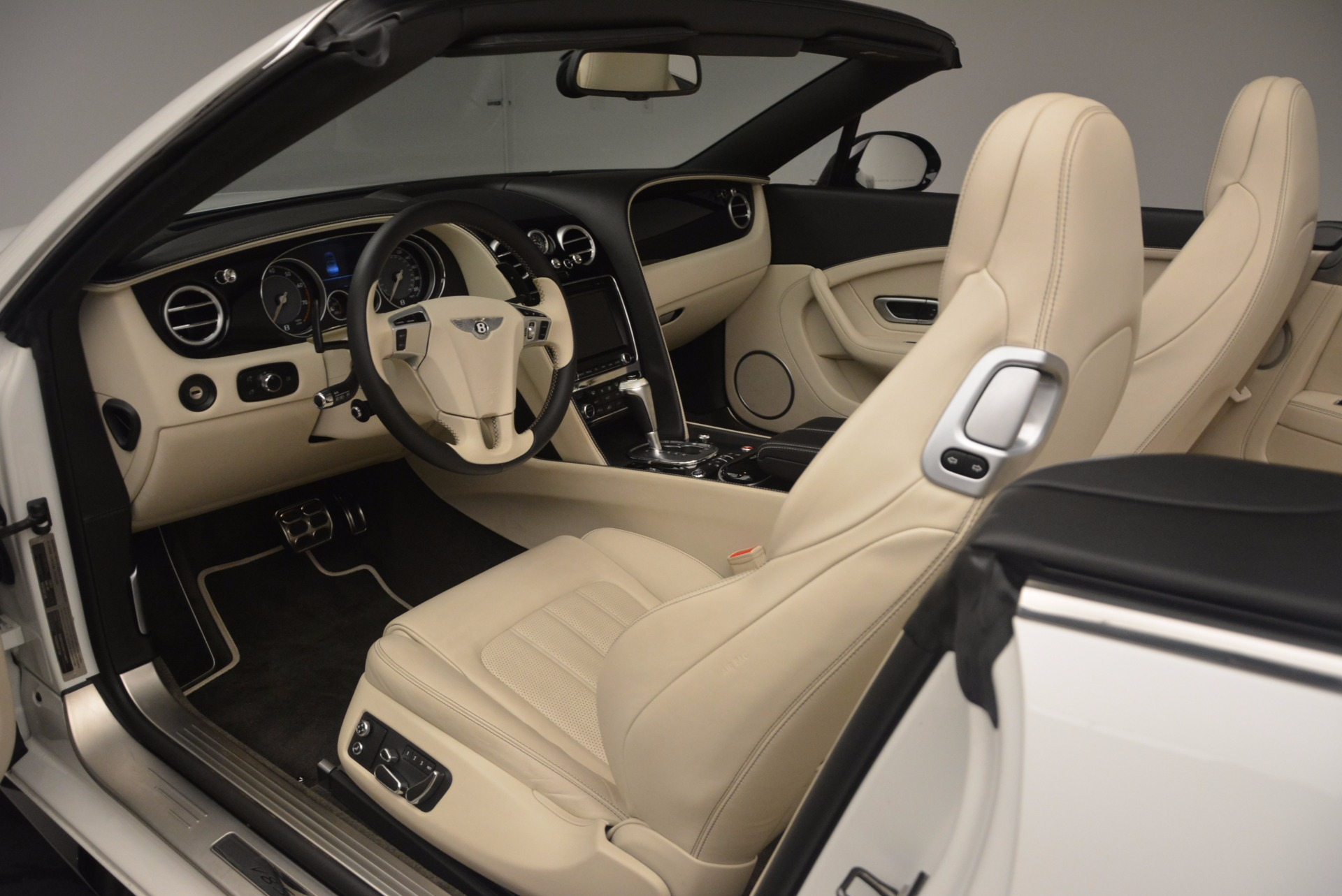 Used 2015 Bentley Continental GT V8 S For Sale In Westport, CT 1175_p34