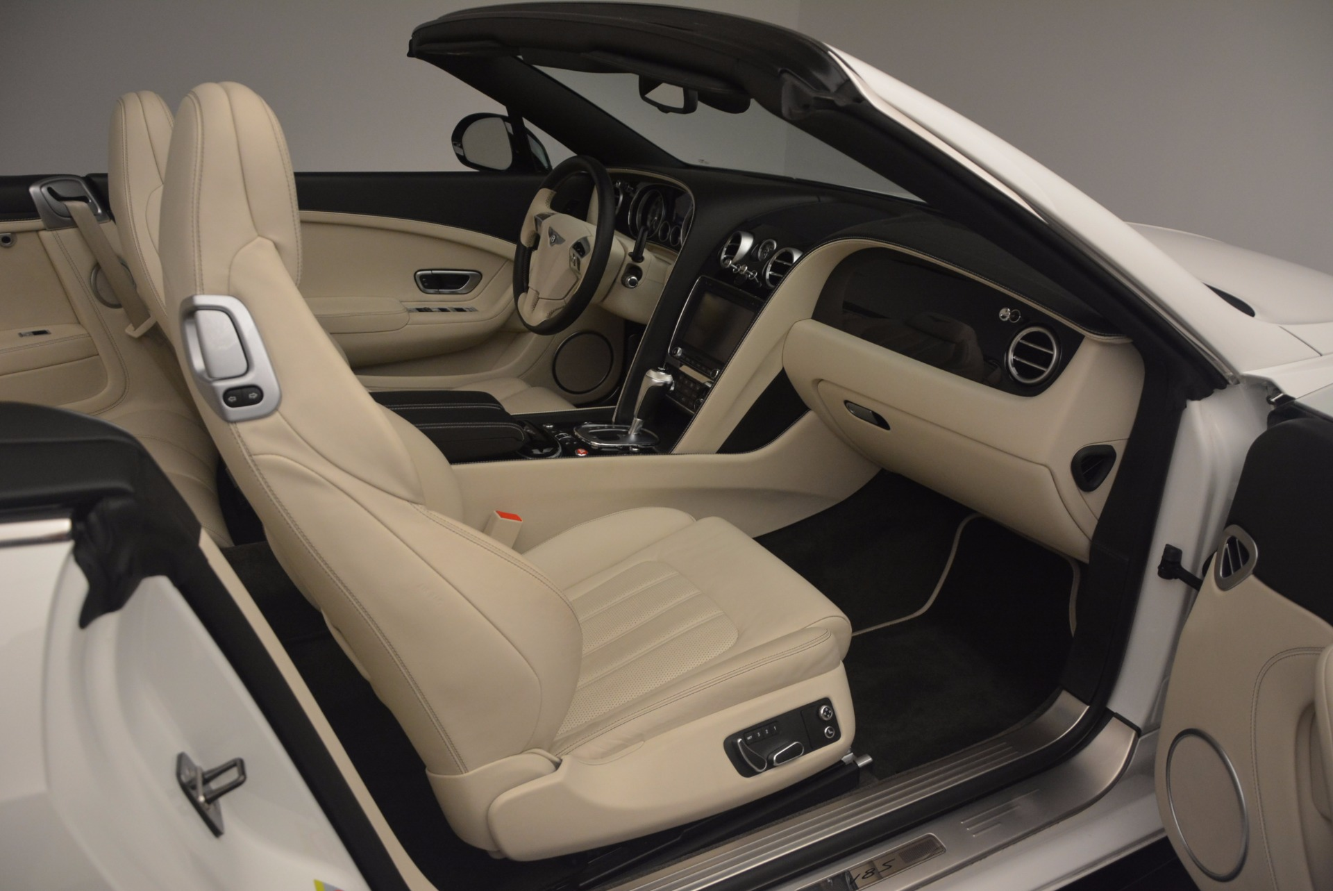 Used 2015 Bentley Continental GT V8 S For Sale In Westport, CT 1175_p51