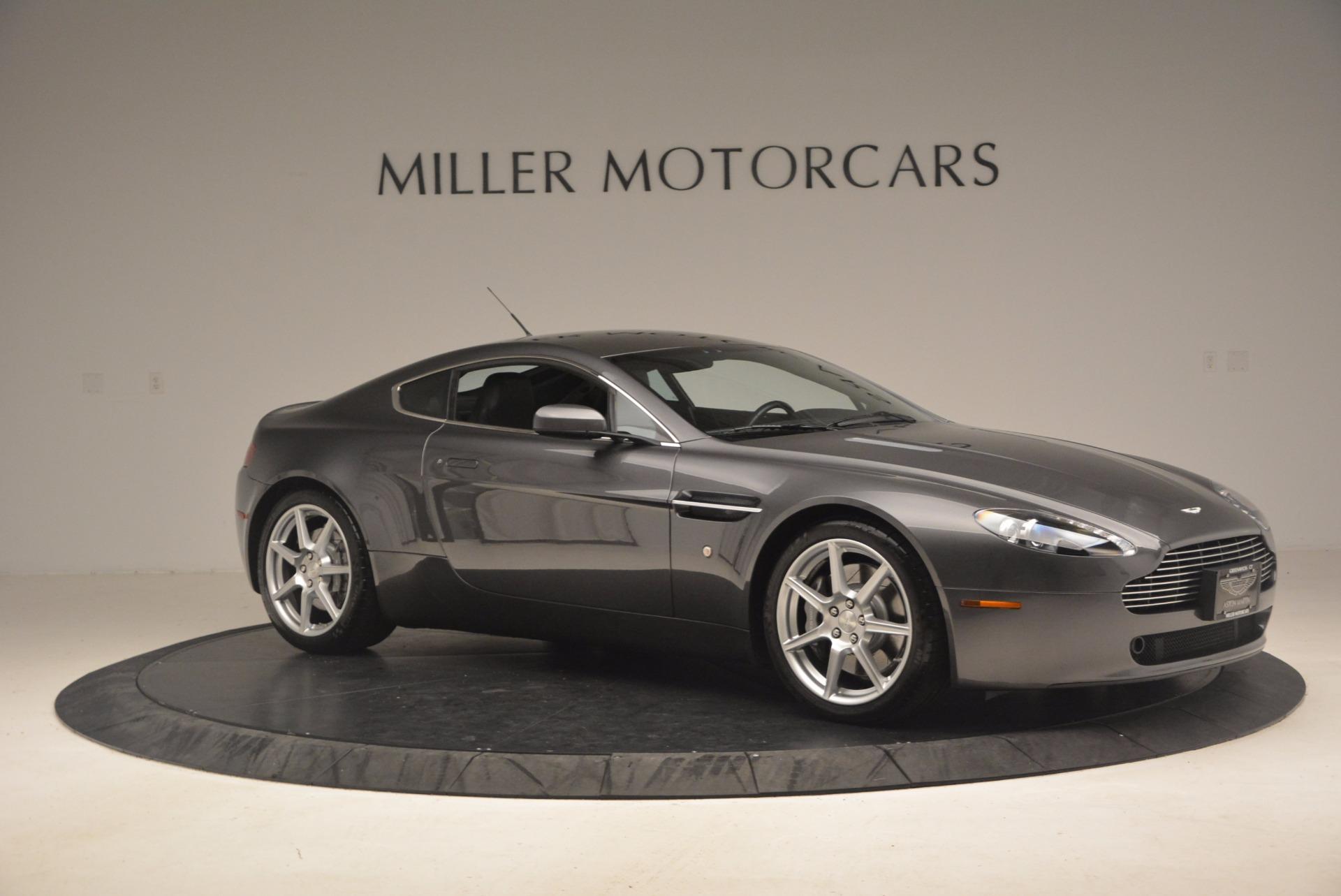 Used 2006 Aston Martin V8 Vantage Coupe  For Sale In Westport, CT 1180_p10