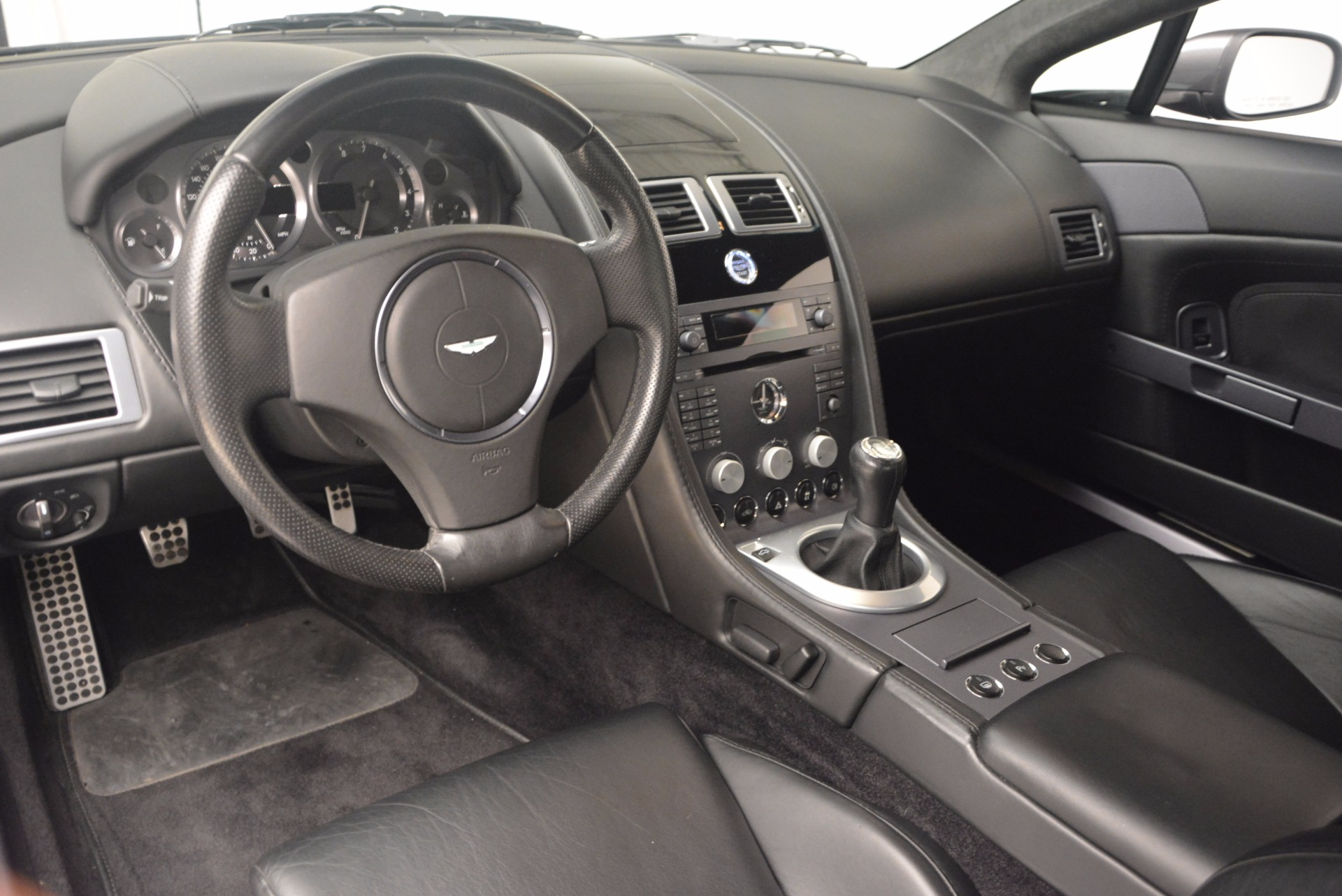 Used 2006 Aston Martin V8 Vantage Coupe  For Sale In Westport, CT 1180_p14